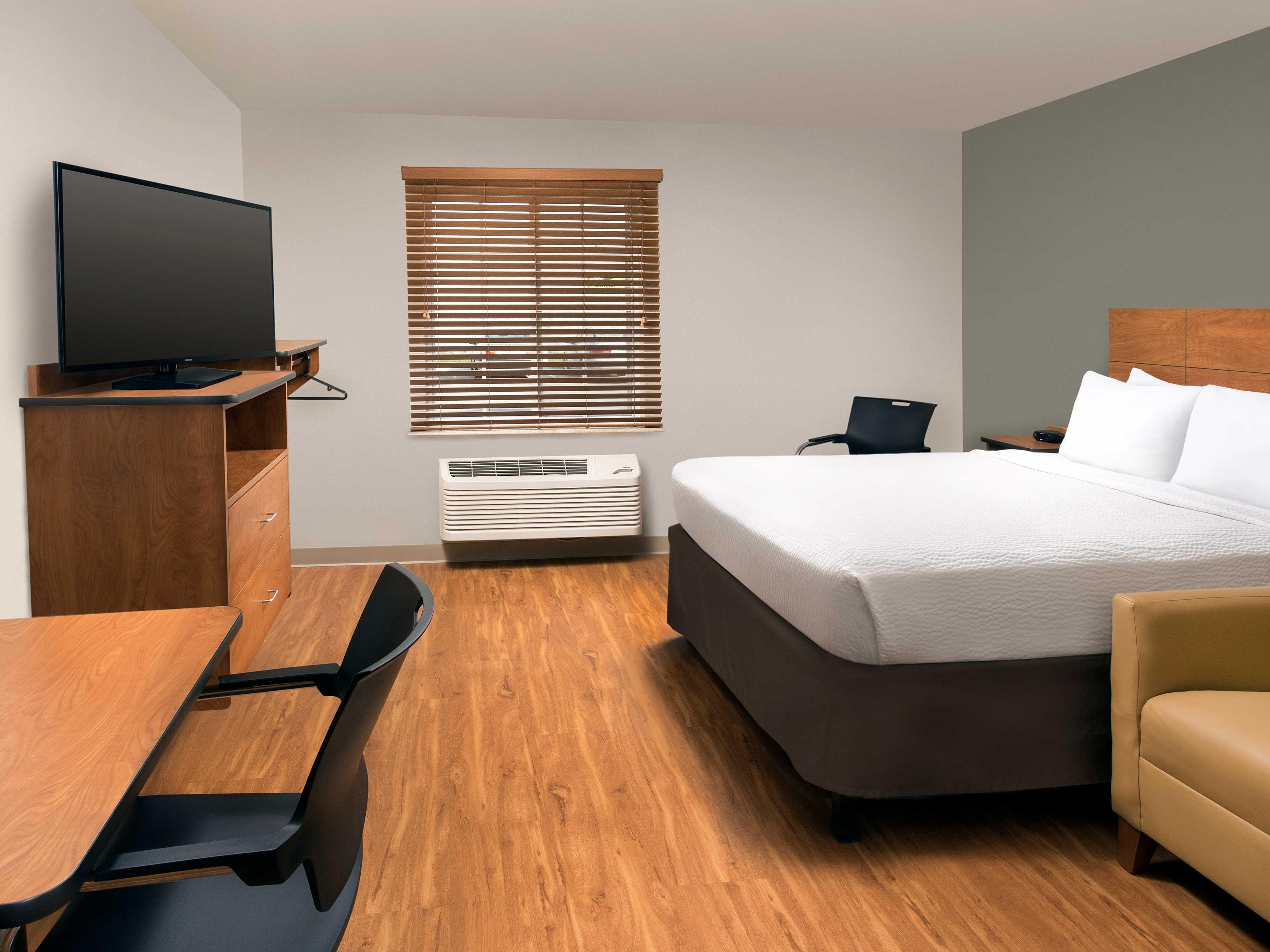 WoodSpring Suites Grand Rapids South image 21