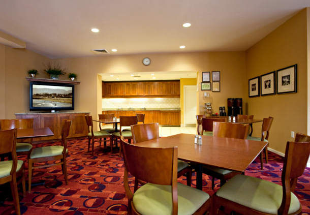Residence Inn by Marriott St. Louis O'Fallon image 6