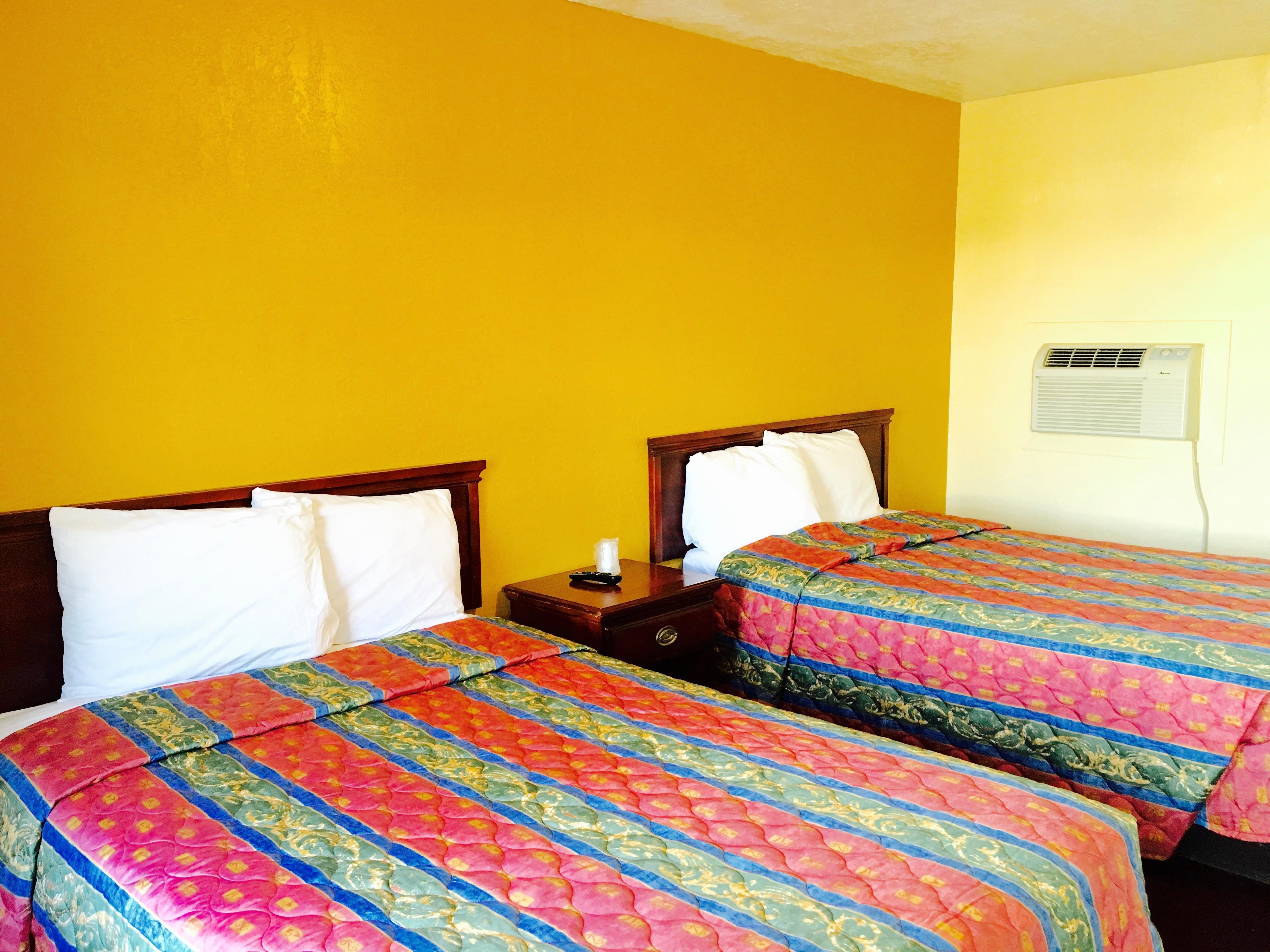 Relax Inn Lawton image 8