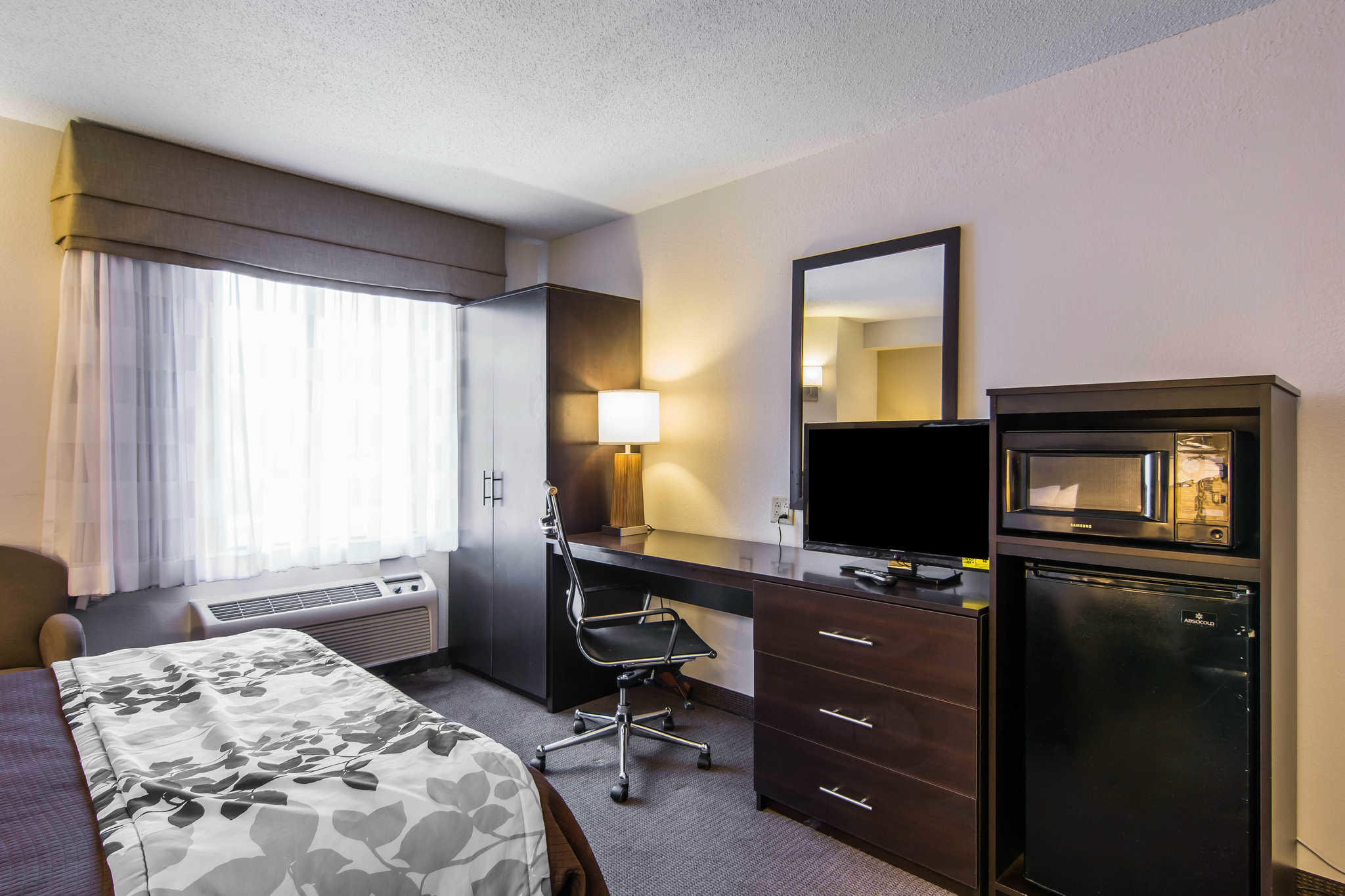 Sleep Inn & Suites Chesapeake - Portsmouth image 12