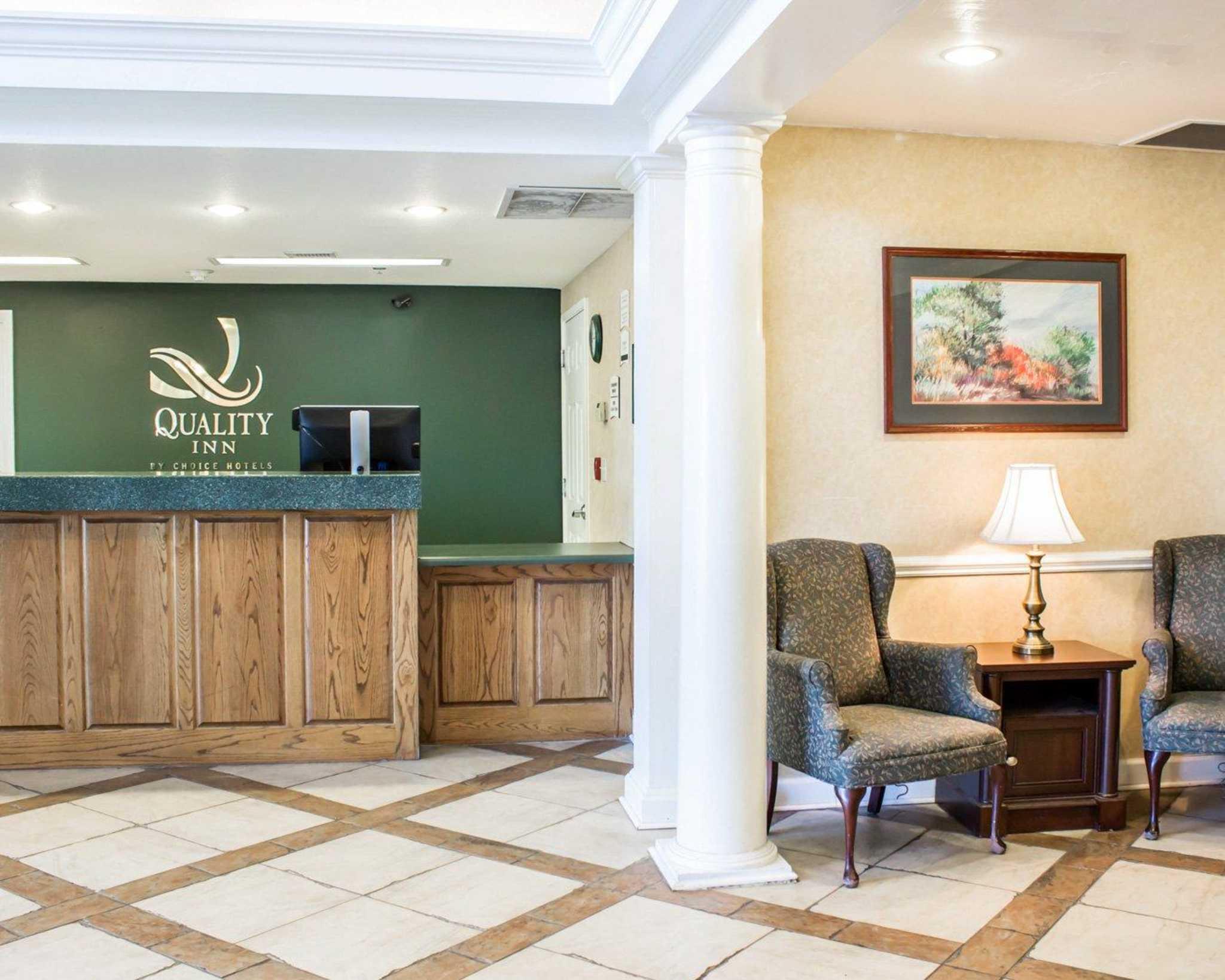 Quality Inn image 14