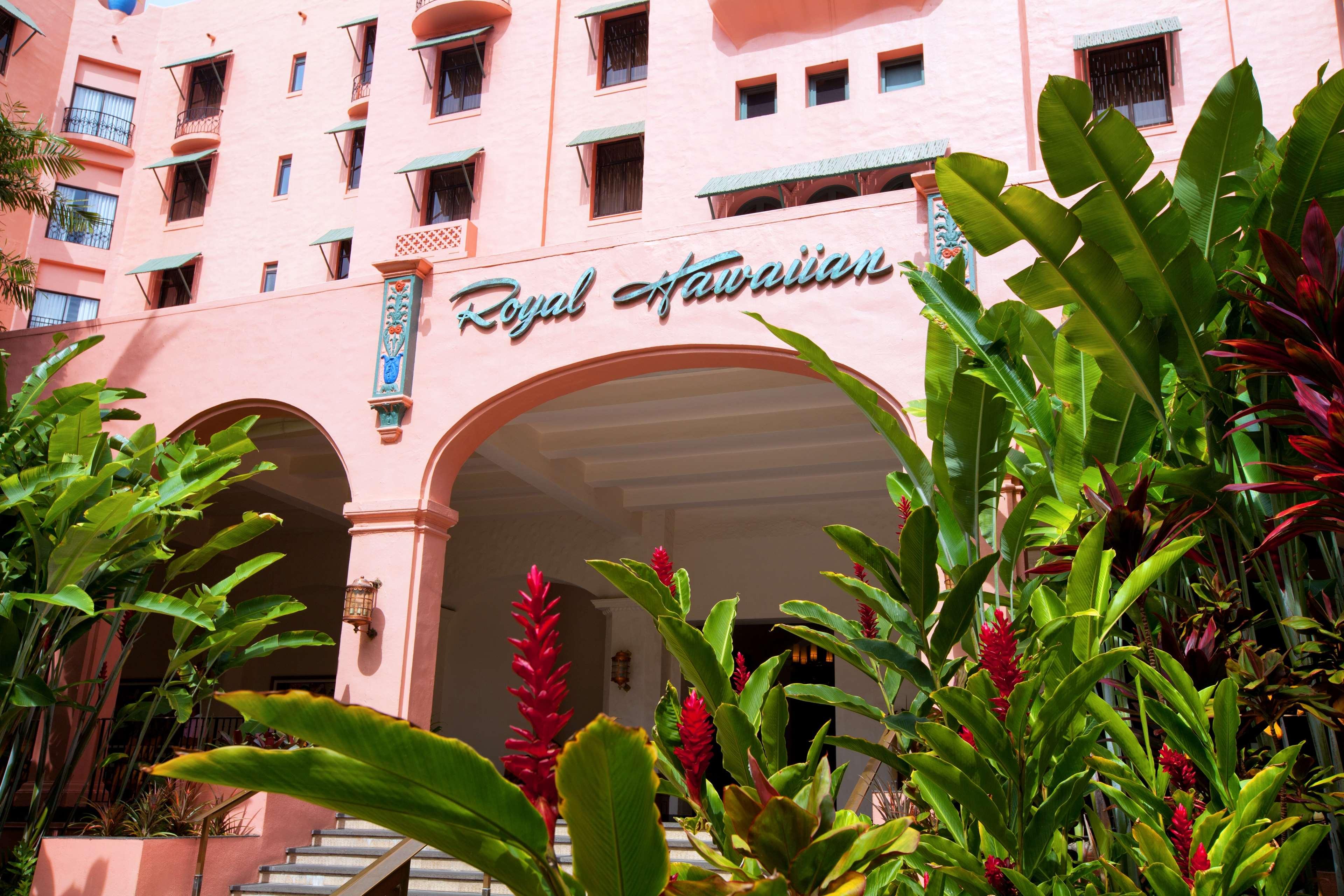 The Royal Hawaiian, a Luxury Collection Resort, Waikiki image 1