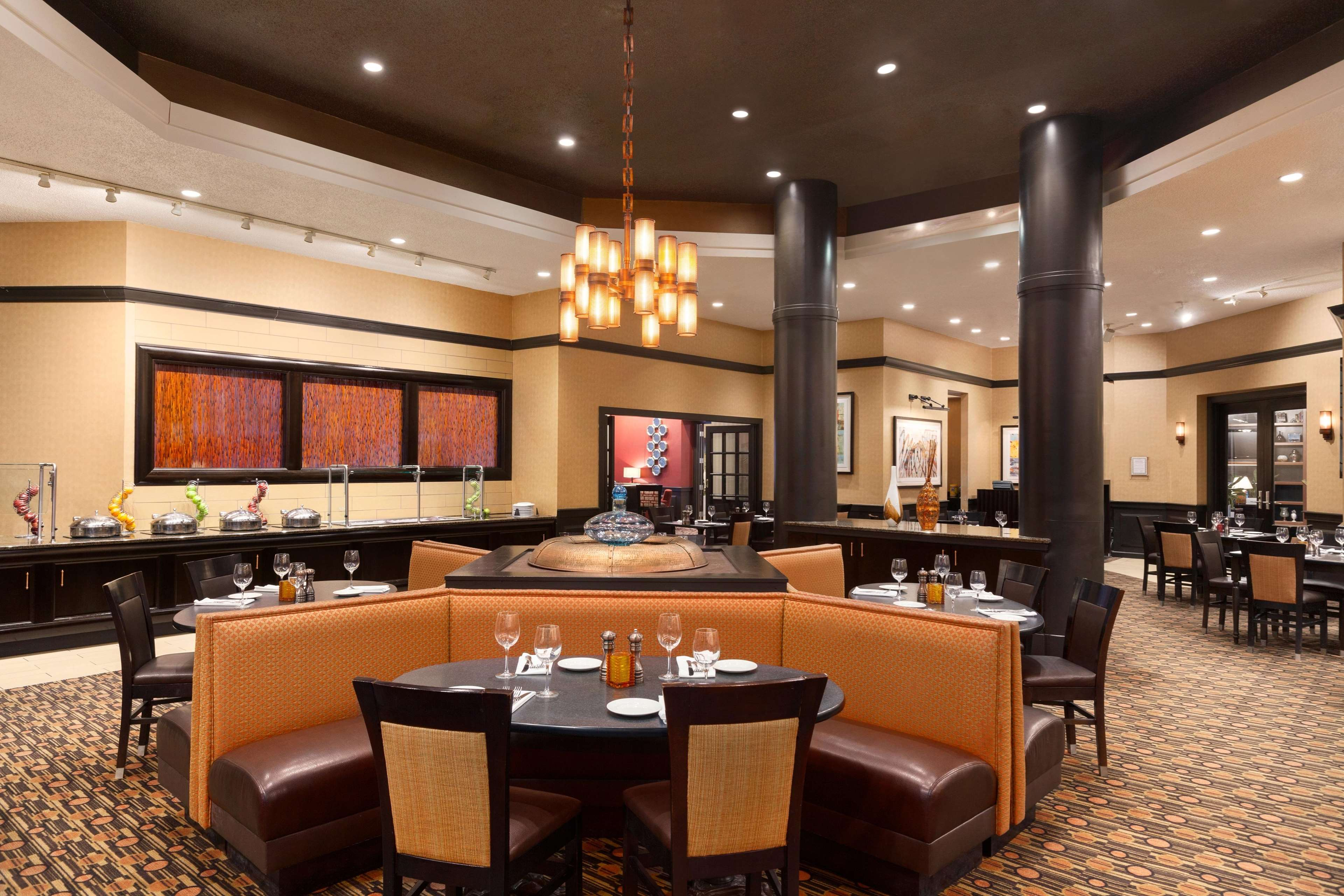 DoubleTree by Hilton Boston - Andover image 5