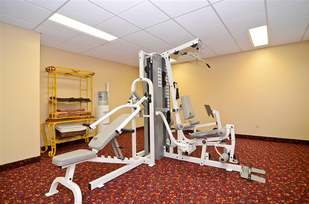 Best Western Marquis Inn & Suites in Prince Albert: Fitness Room
