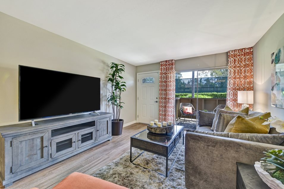 Emerald Glen Apartment Homes image 0