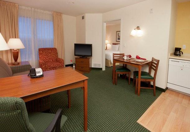 Residence Inn by Marriott Las Vegas South image 4