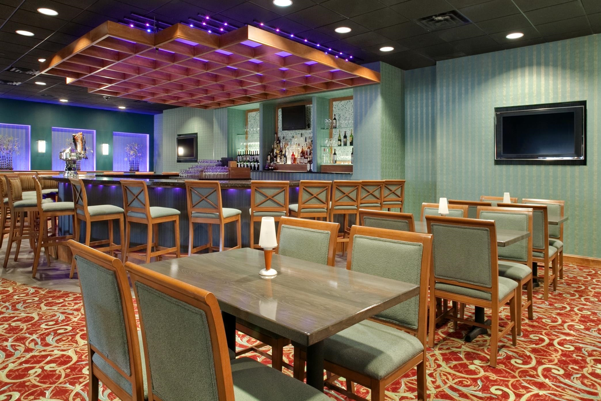 DoubleTree by Hilton Hotel Baltimore North - Pikesville image 3