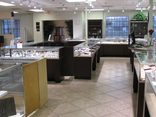 Shaw's R & R Jewelry and Loan image 5