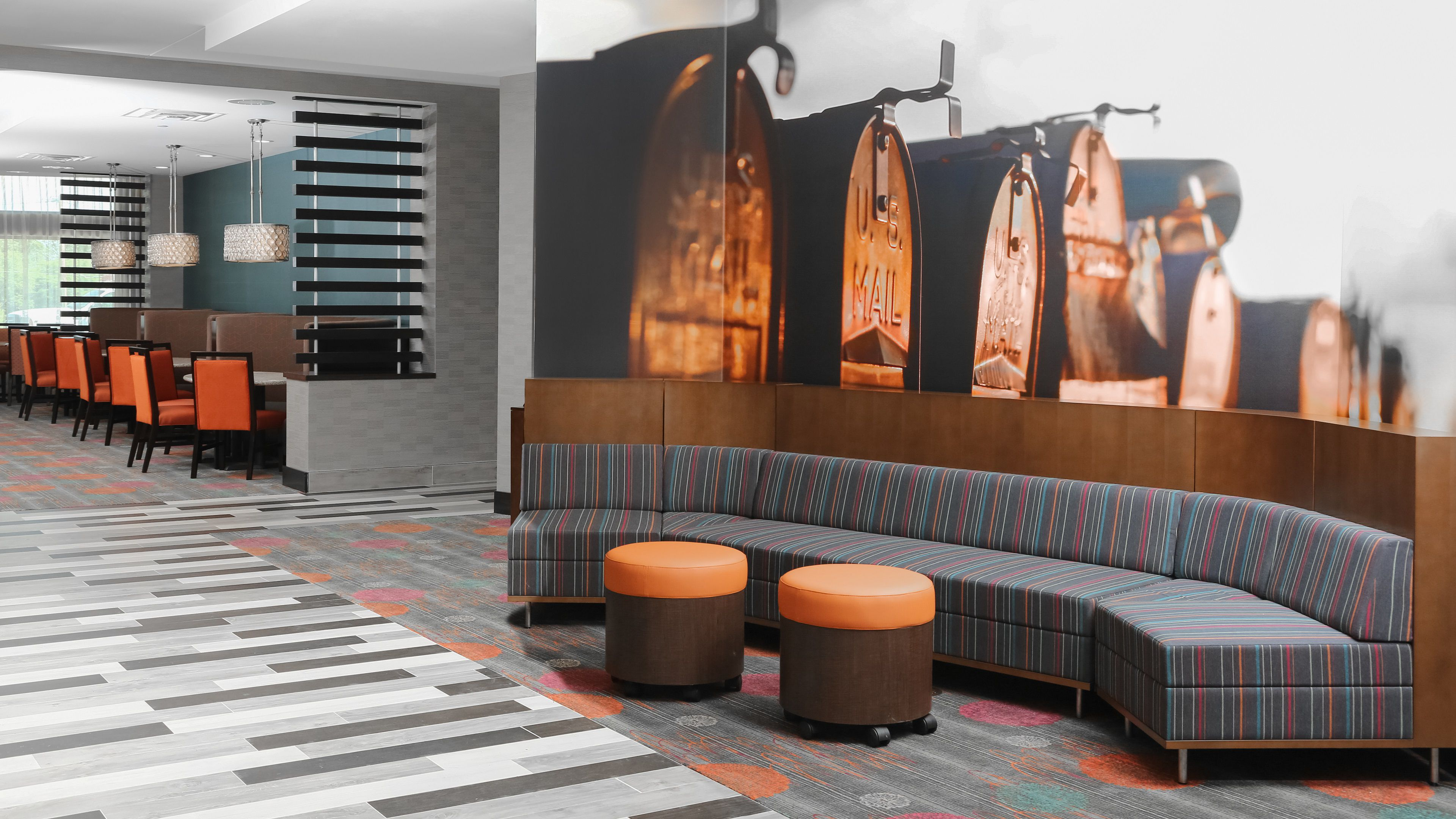 Holiday Inn Express Moline - Quad Cities image 4