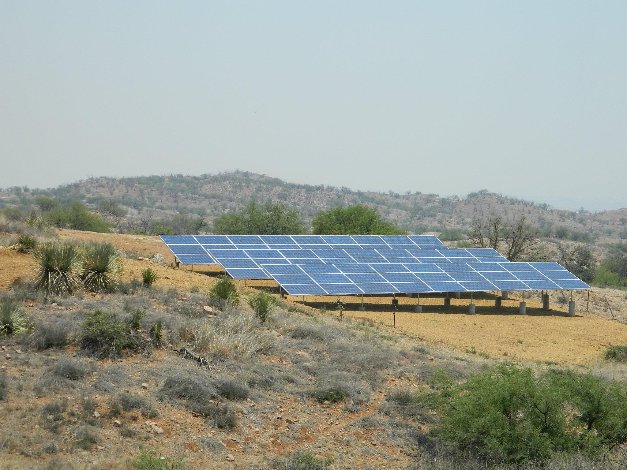 Large 28kW Residential combined Solar Ground and Rooftop system in Nogales, AZ