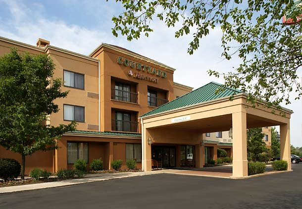 Courtyard by Marriott Cleveland Willoughby image 8