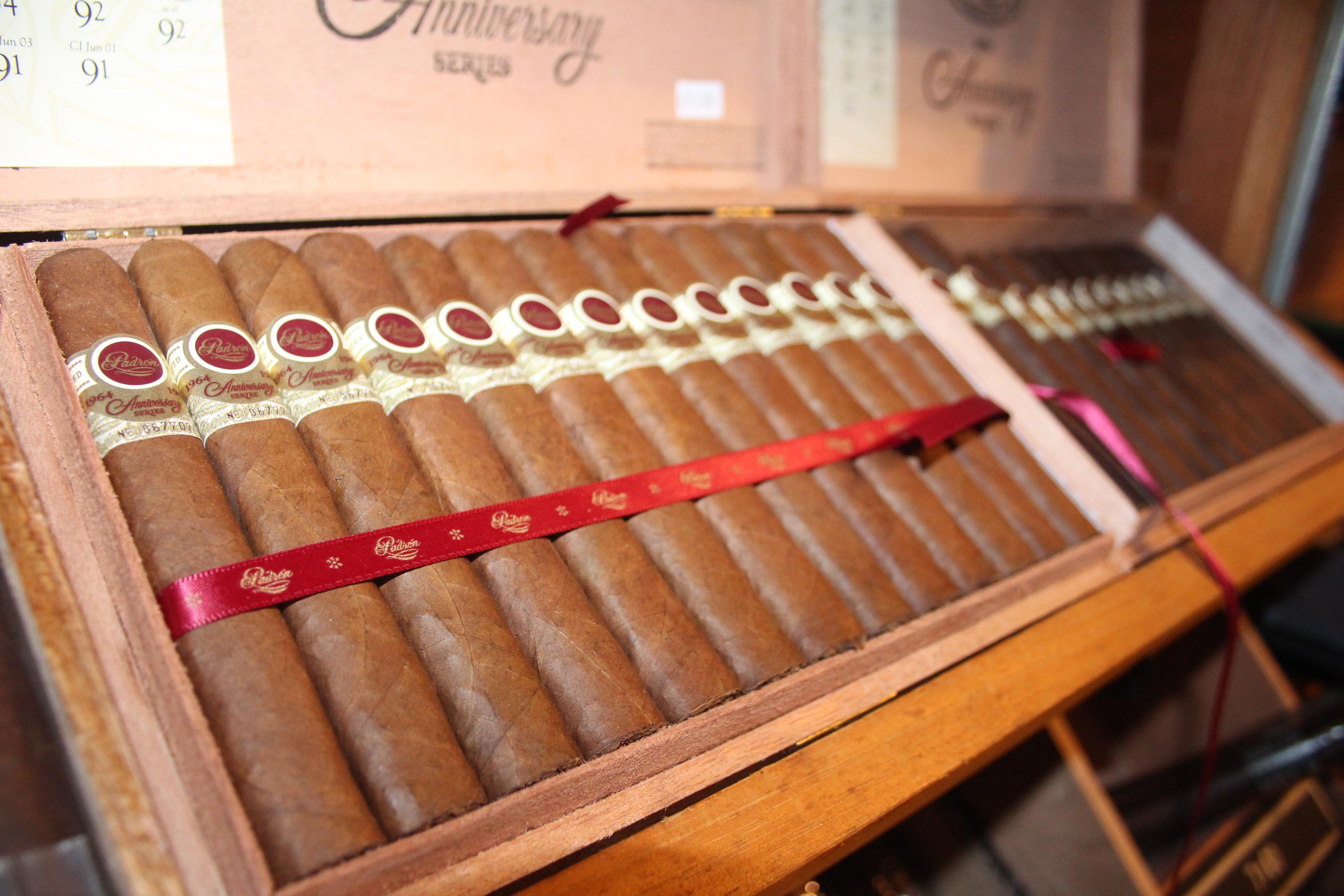 Rocky Hill Premium Cigar image 4