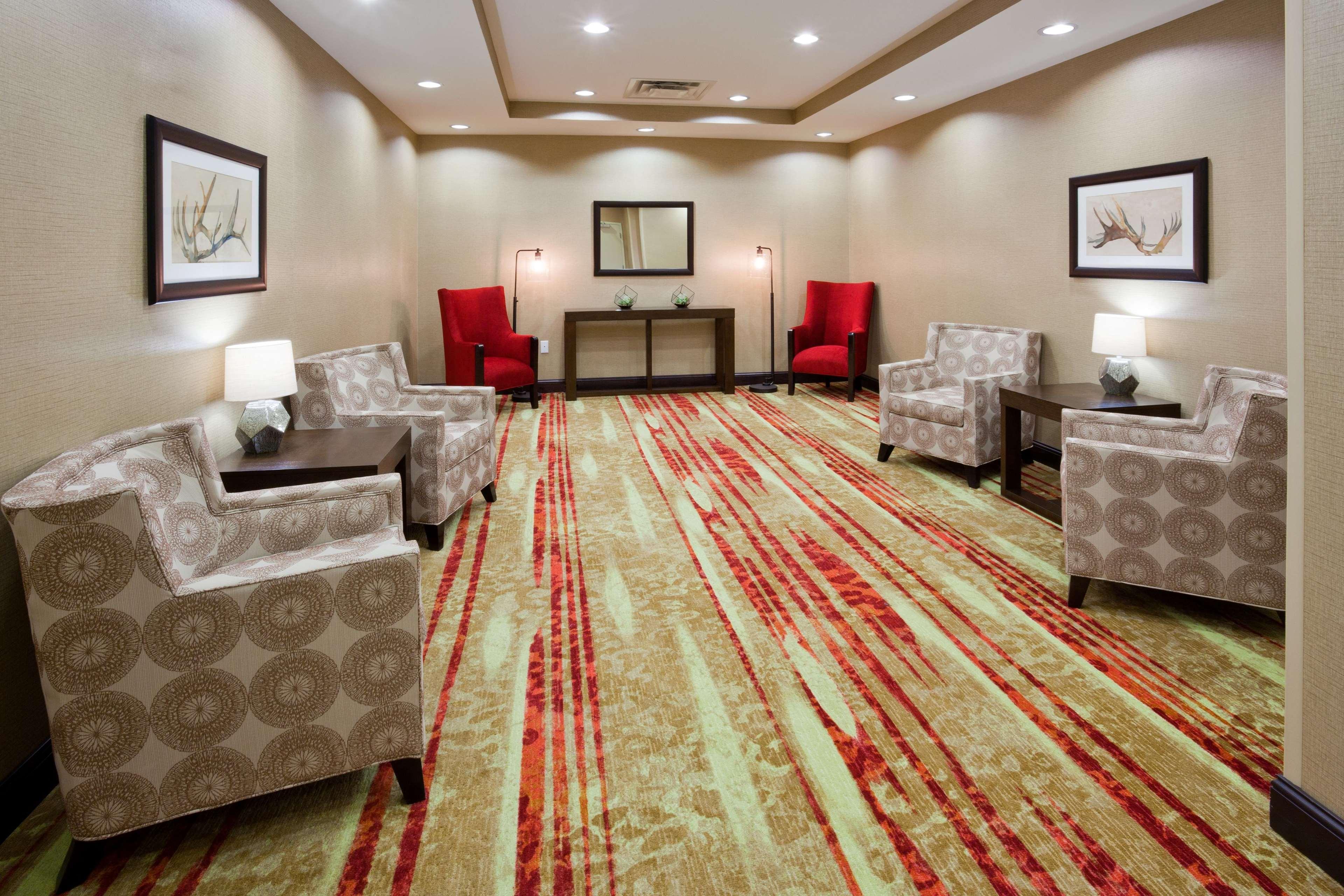 Homewood Suites by Hilton Davenport image 10
