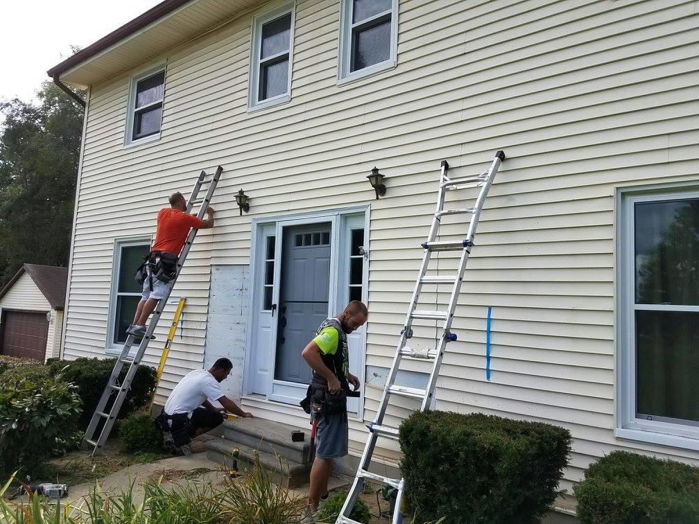 Rock Solid Exteriors Licensed Roofers And Siding
