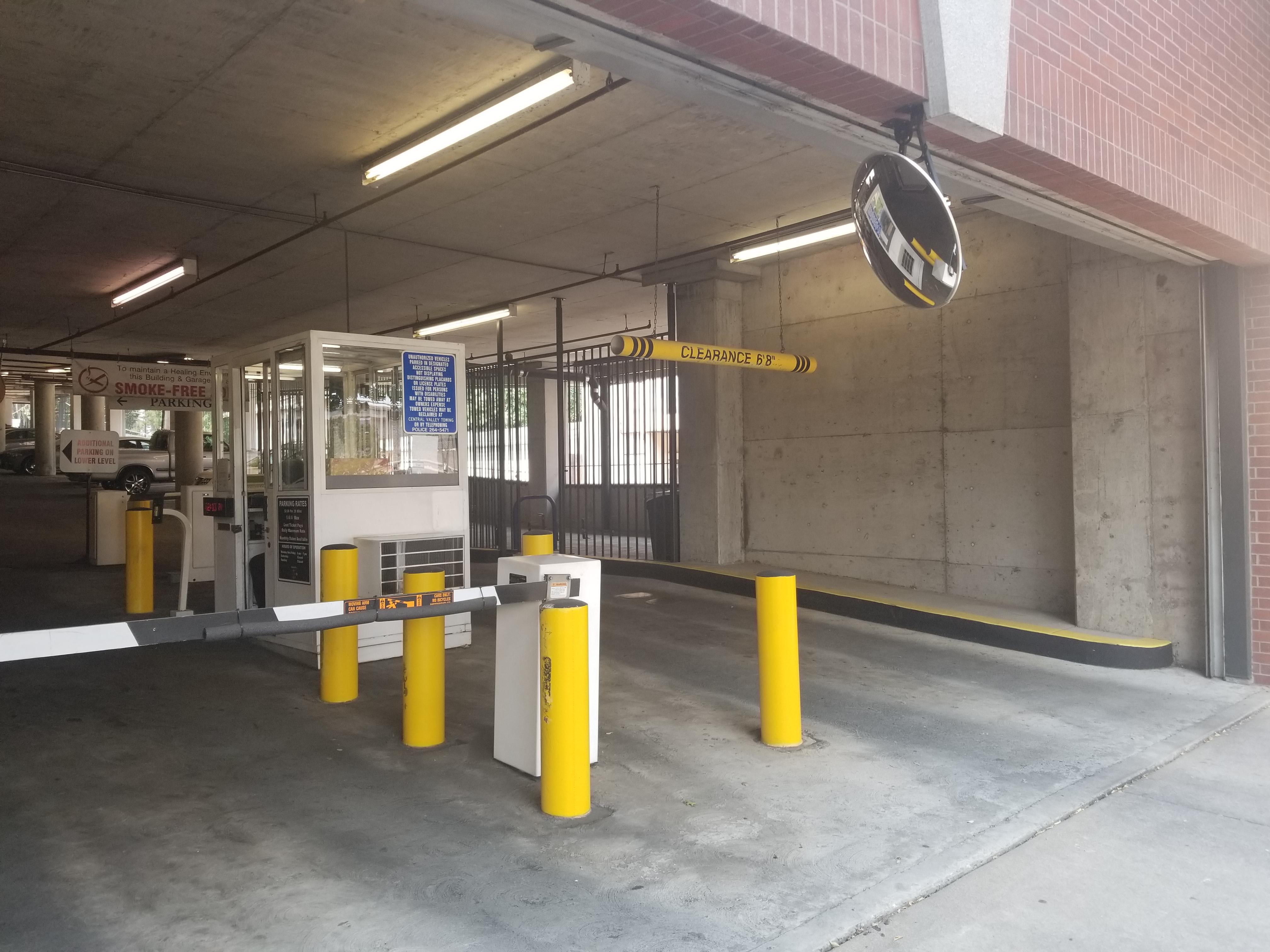 California Sutter Garage-SP+ Parking
