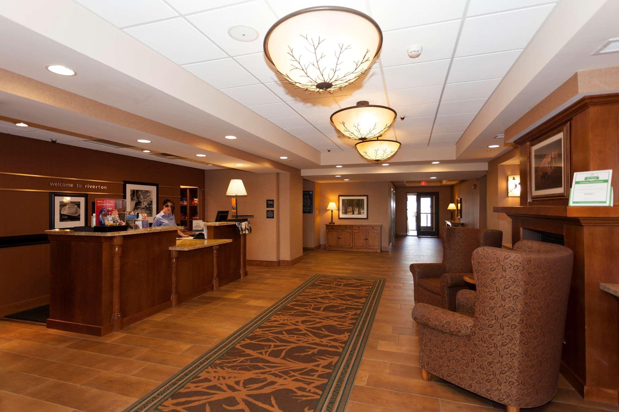 Hampton Inn & Suites Riverton image 27