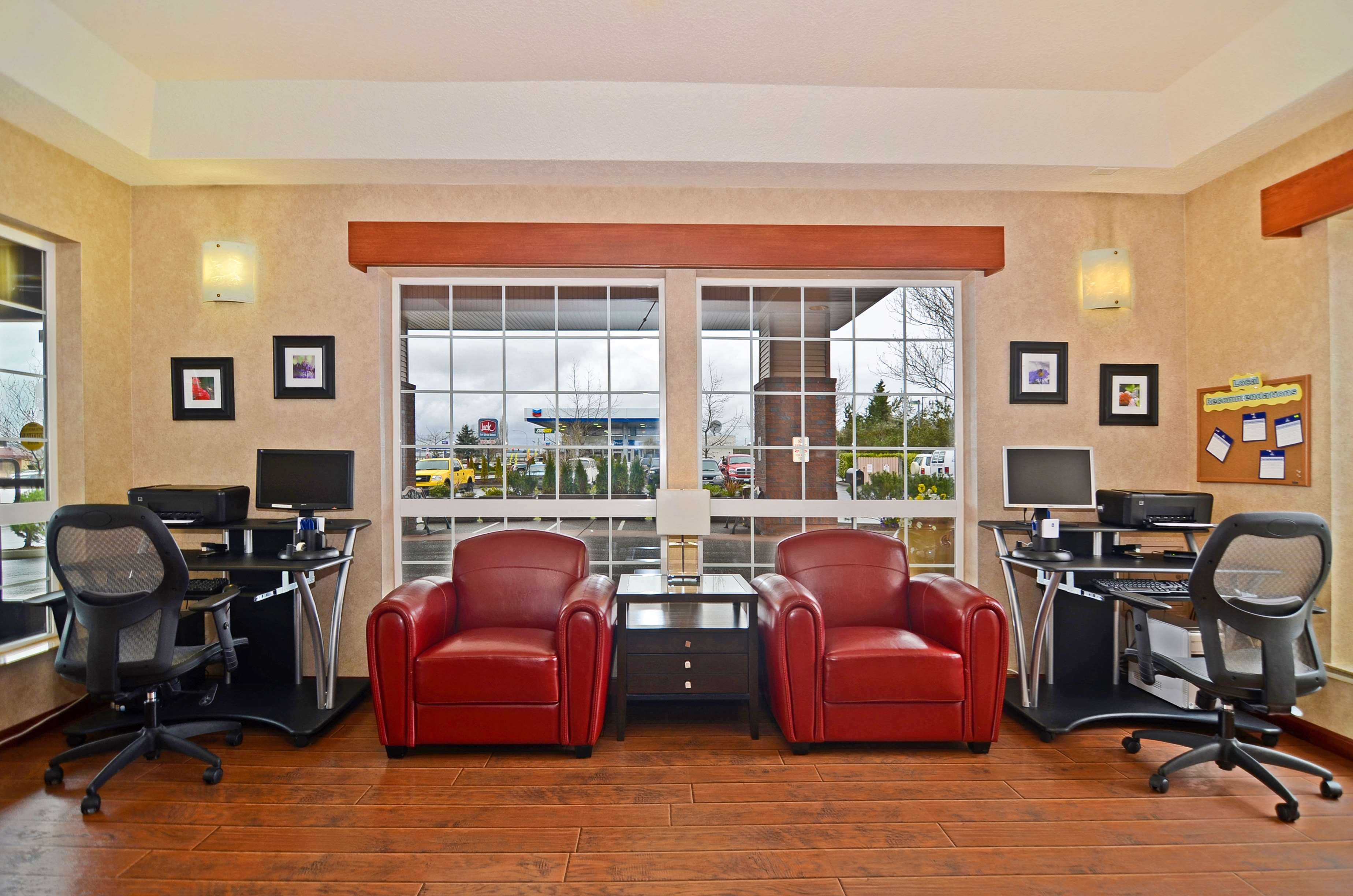Best Western Plus Park Place Inn & Suites image 7