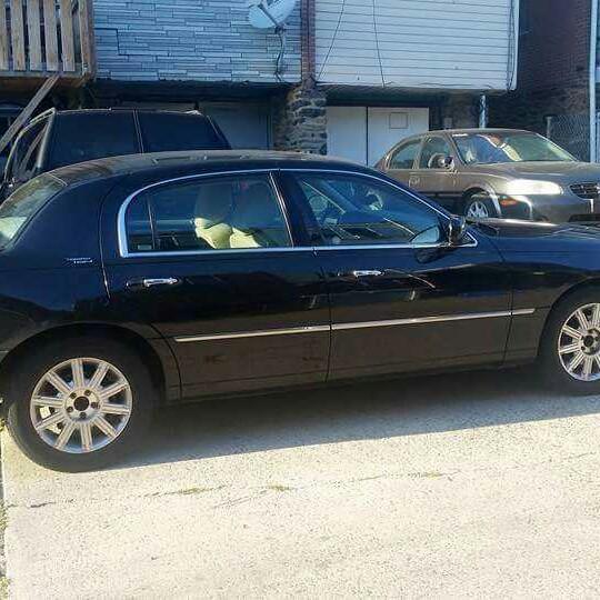 Cooper Limo Black Town Car Limousine Service image 0