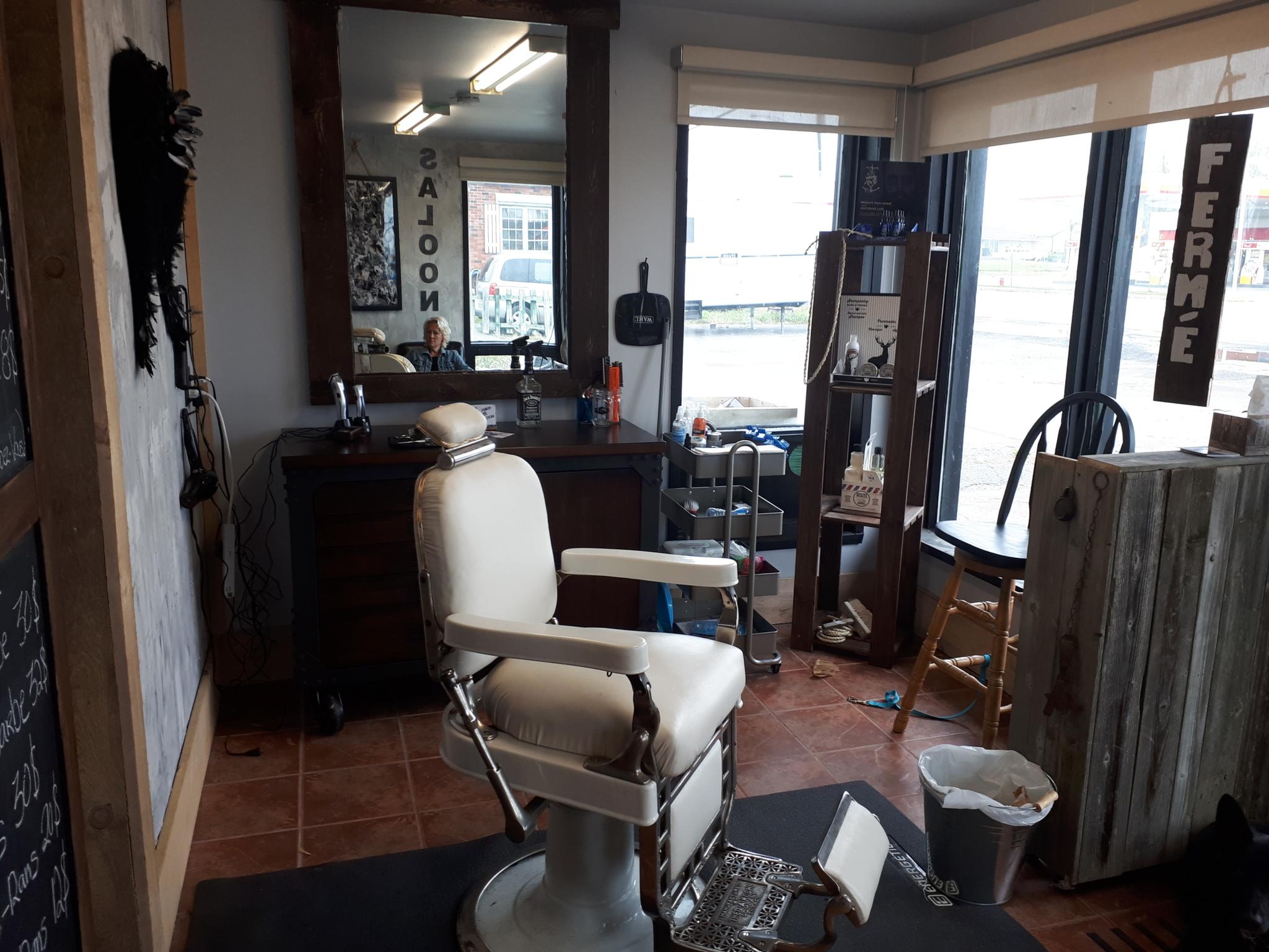 Barbier le Saloon