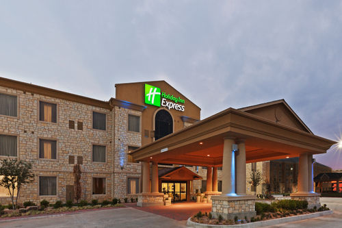 Holiday Inn Express & Suites Oklahoma City Nw-Quail Springs image 1