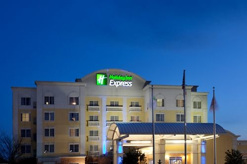 Holiday Inn Express & Suites Mooresville - Lake Norman - ad image