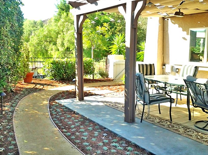 Flores Landscaping image 64