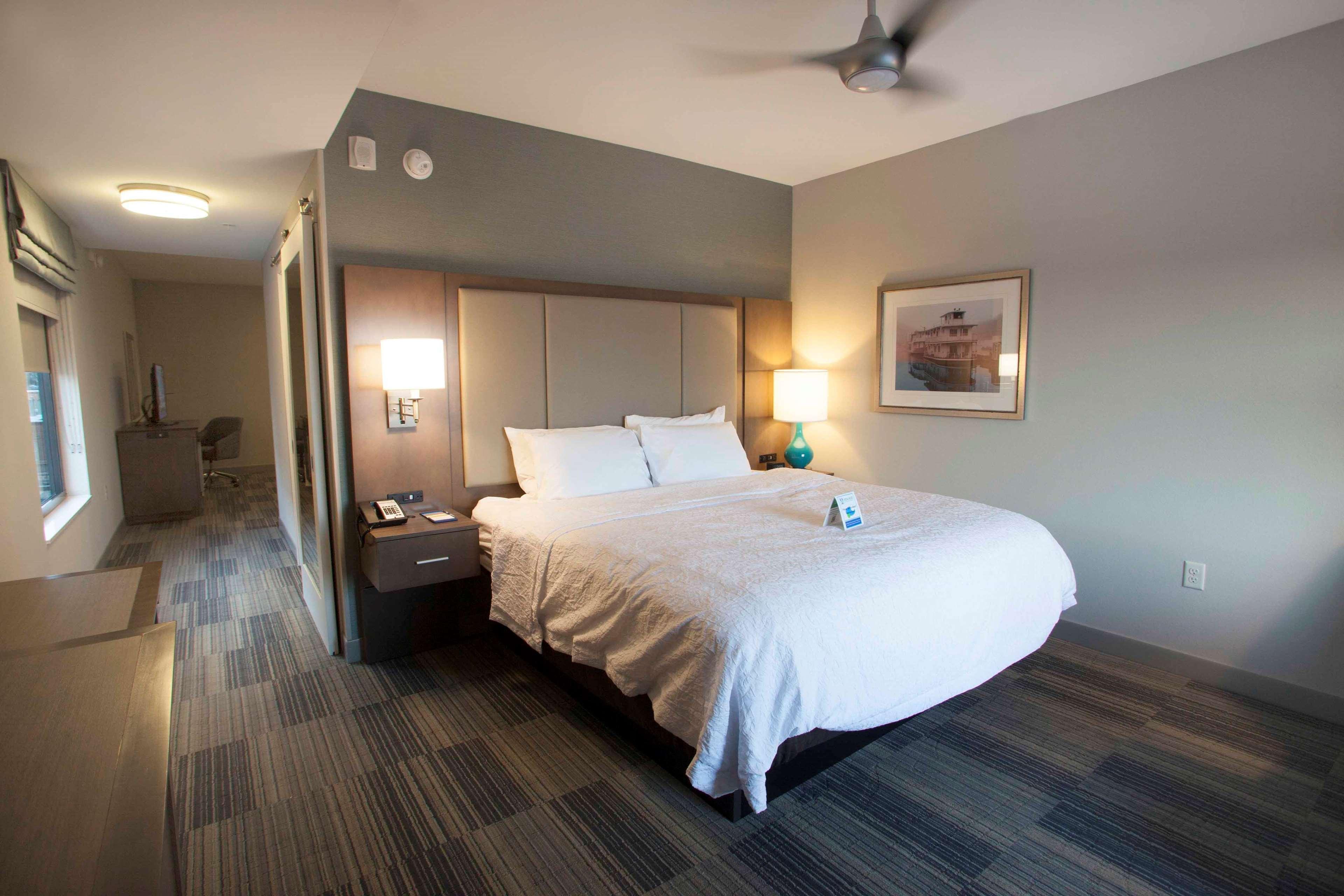 Hampton Inn & Suites Downtown St. Paul image 31