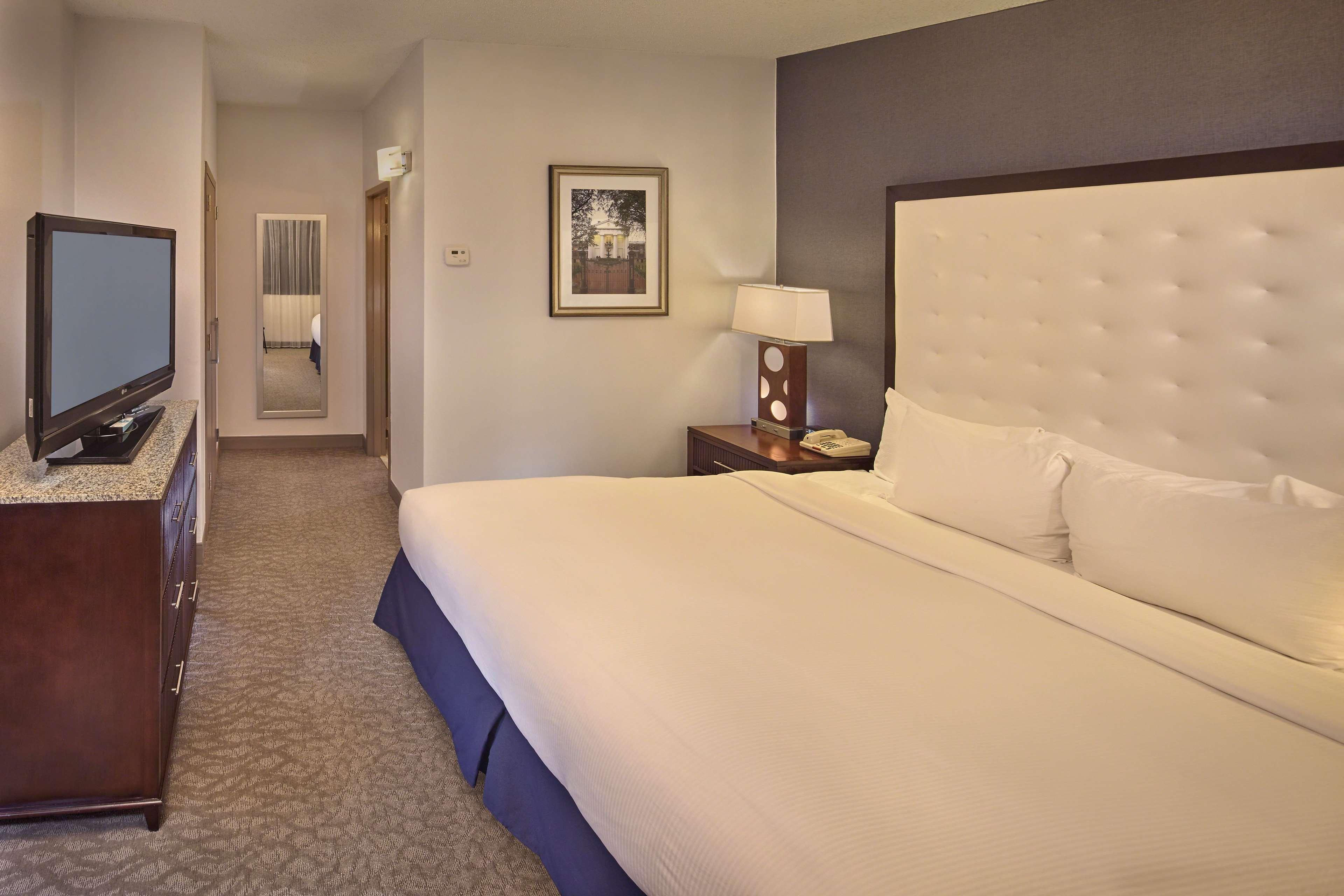 DoubleTree by Hilton Hotel Little Rock image 24