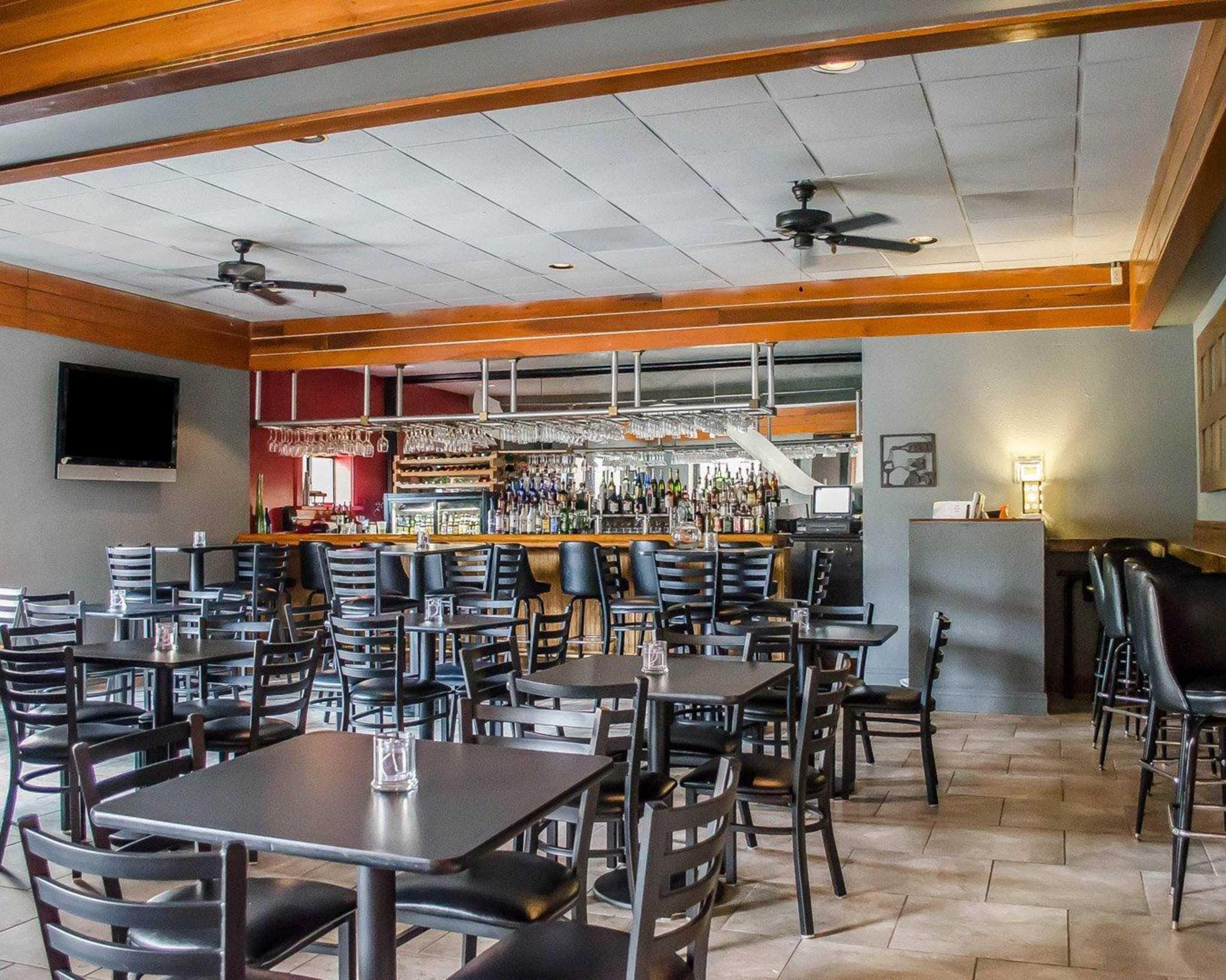 Quality Inn & Suites Pensacola Bayview in Pensacola, FL, photo #5