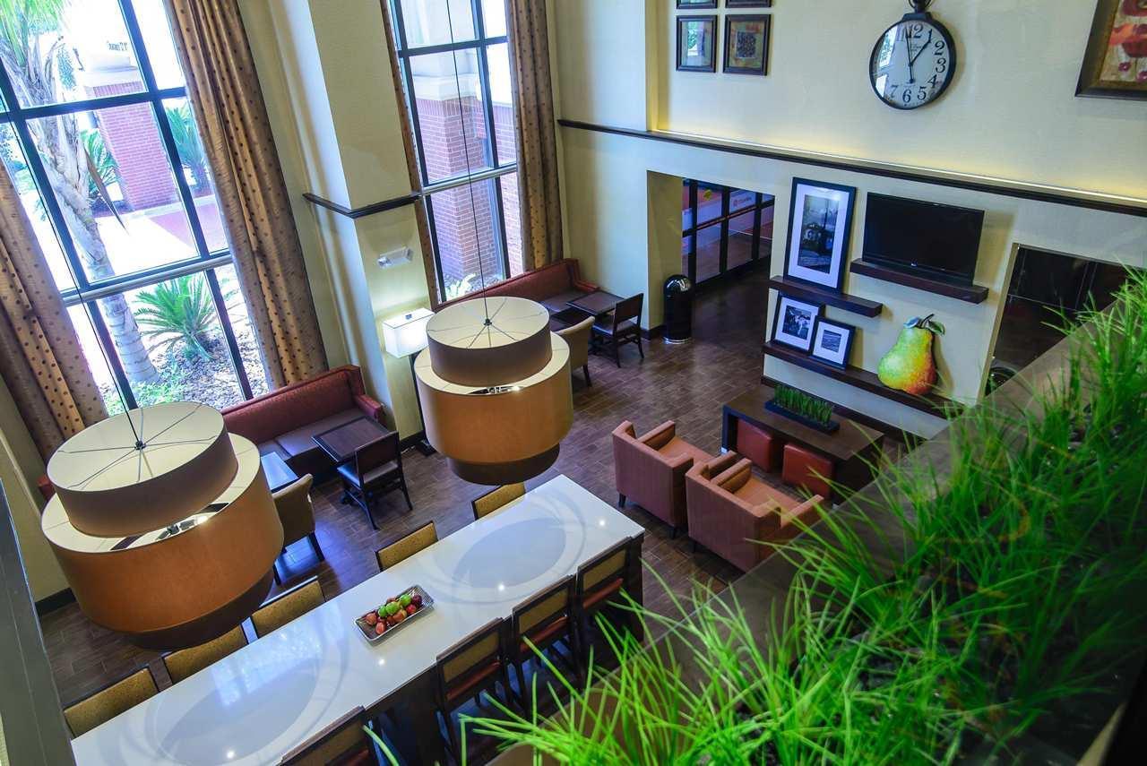 Hampton Inn Houston-Pearland image 8