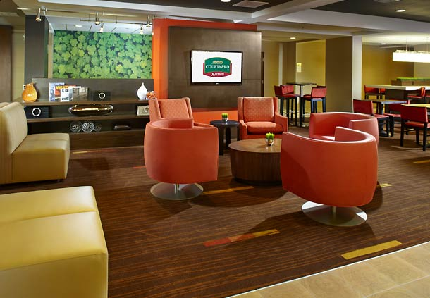Courtyard by Marriott Tulsa Central image 8