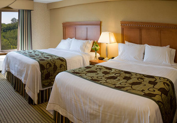 Fairfield Inn & Suites by Marriott Jacksonville Butler Boulevard image 4
