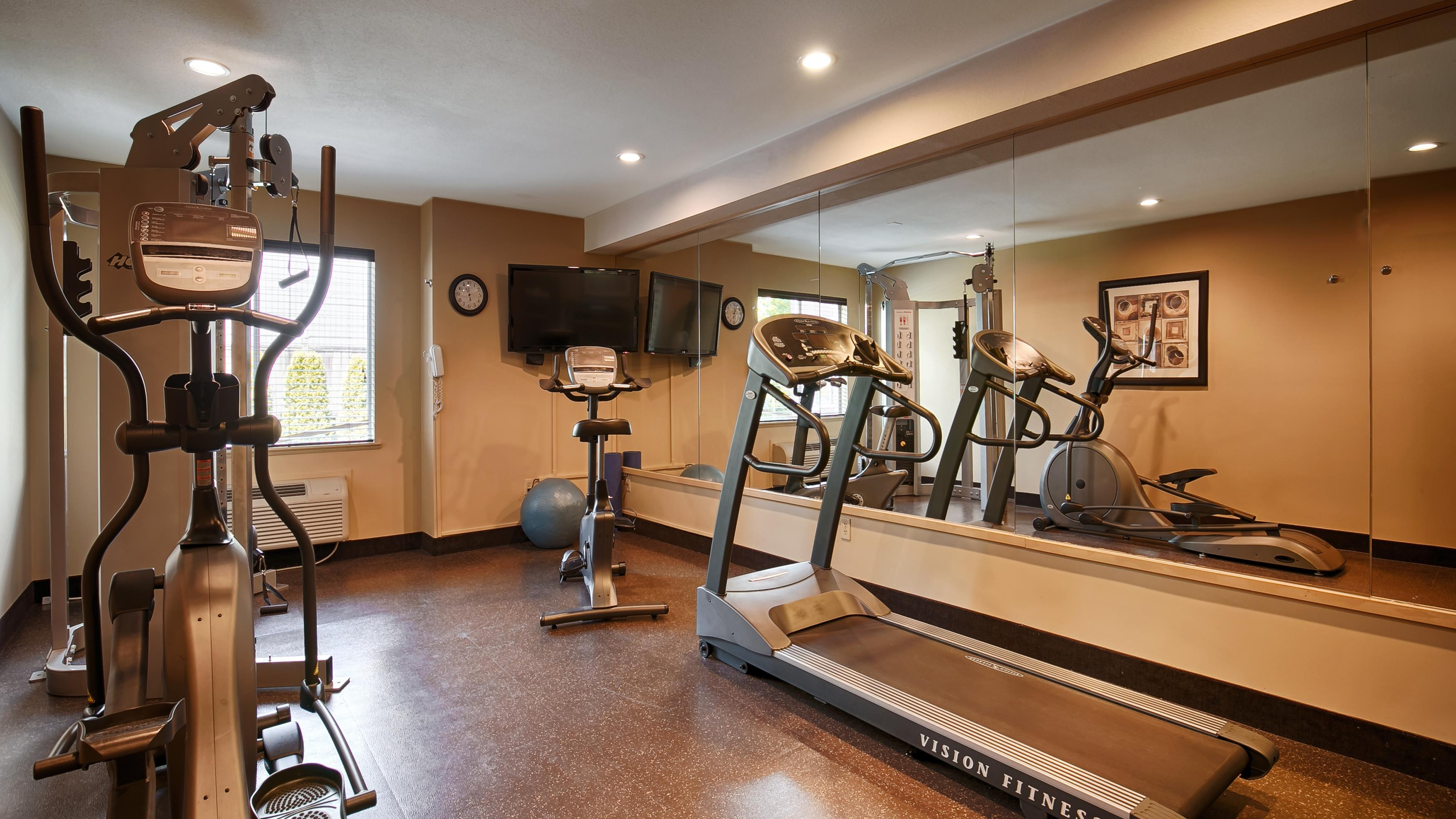 Best Western Maple Ridge Hotel in Maple Ridge: Fitness Center