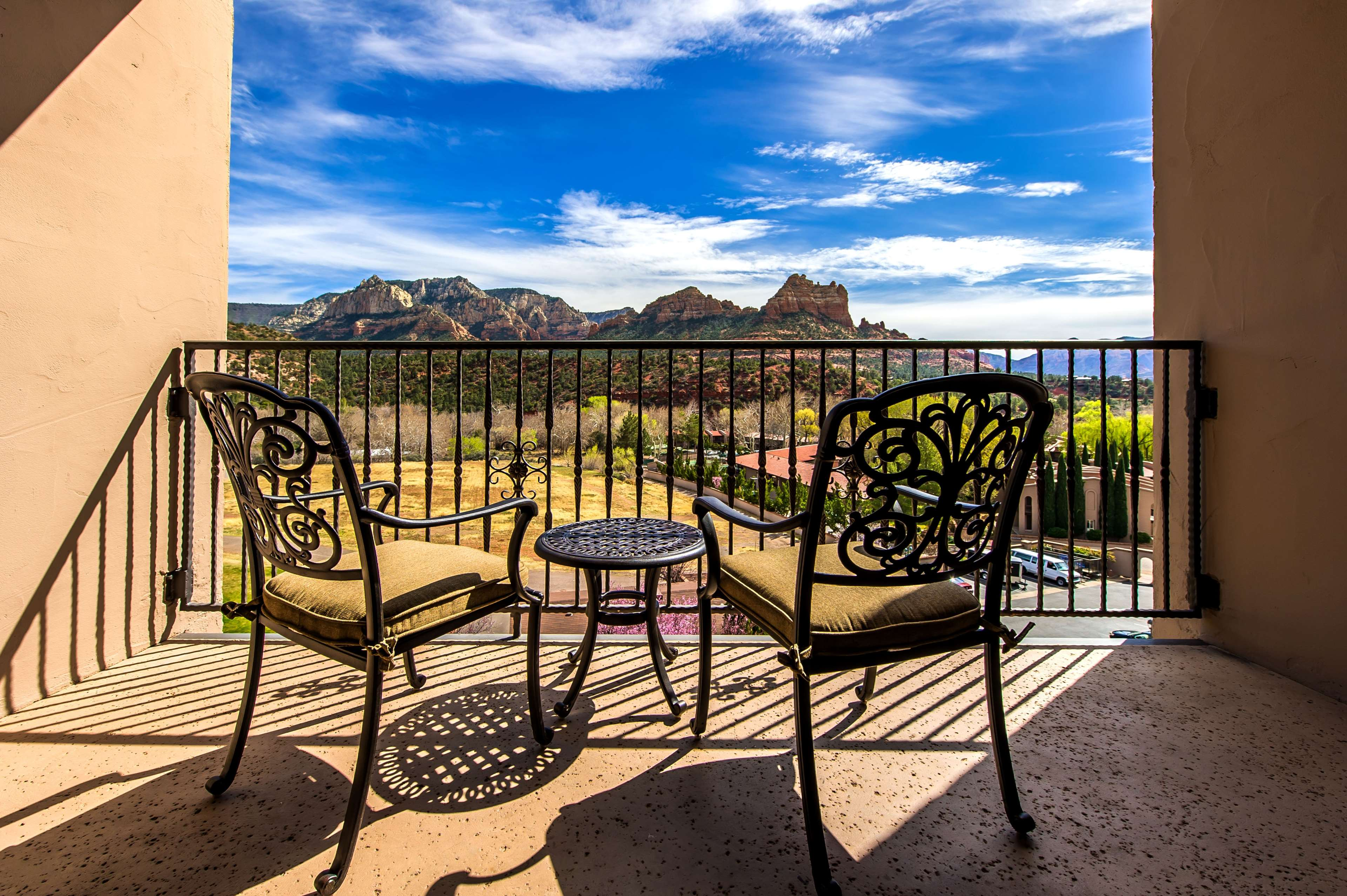 Best Western Plus Arroyo Roble Hotel & Creekside Villas image 49