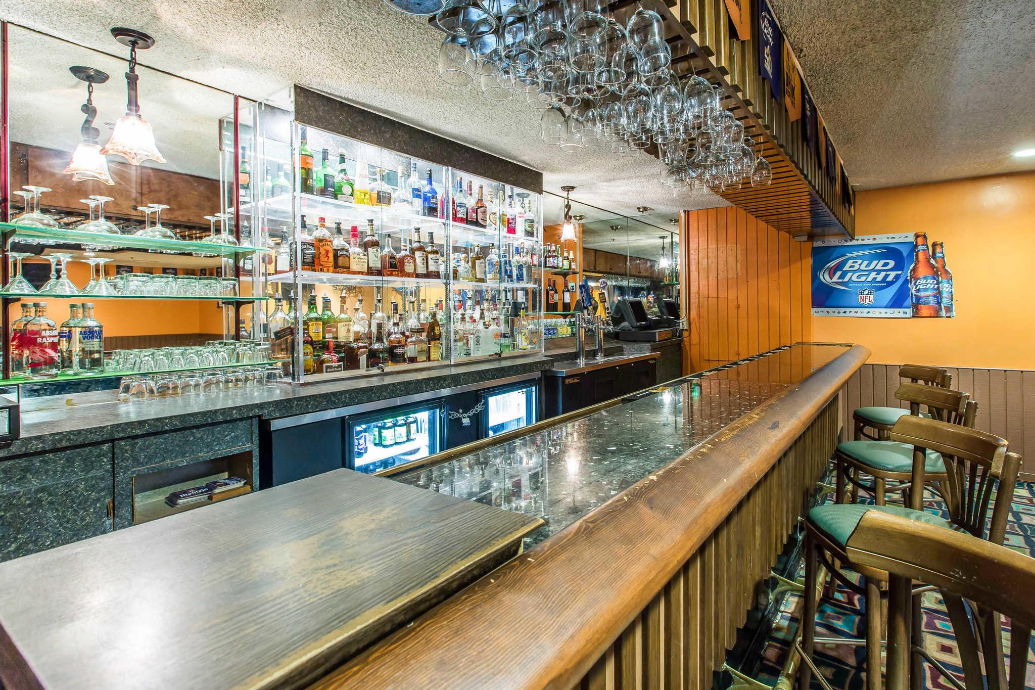 Clarion Hotel Anaheim Resort image 27
