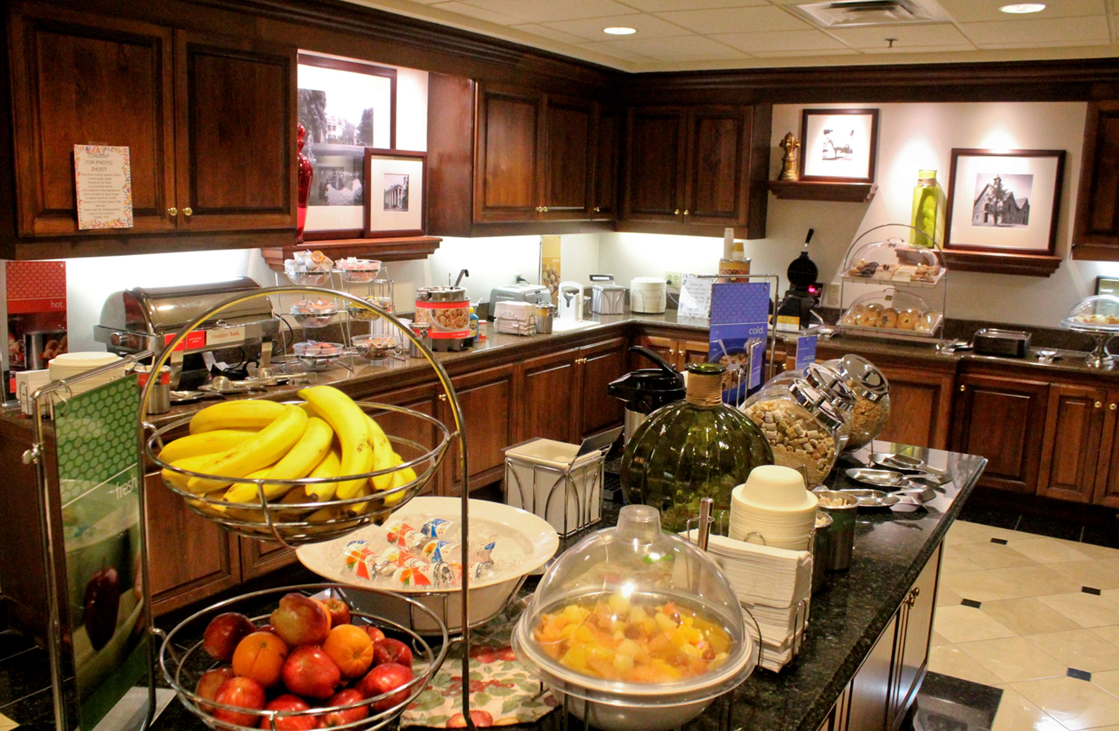 Hampton Inn & Suites Nashville-Green Hills image 9