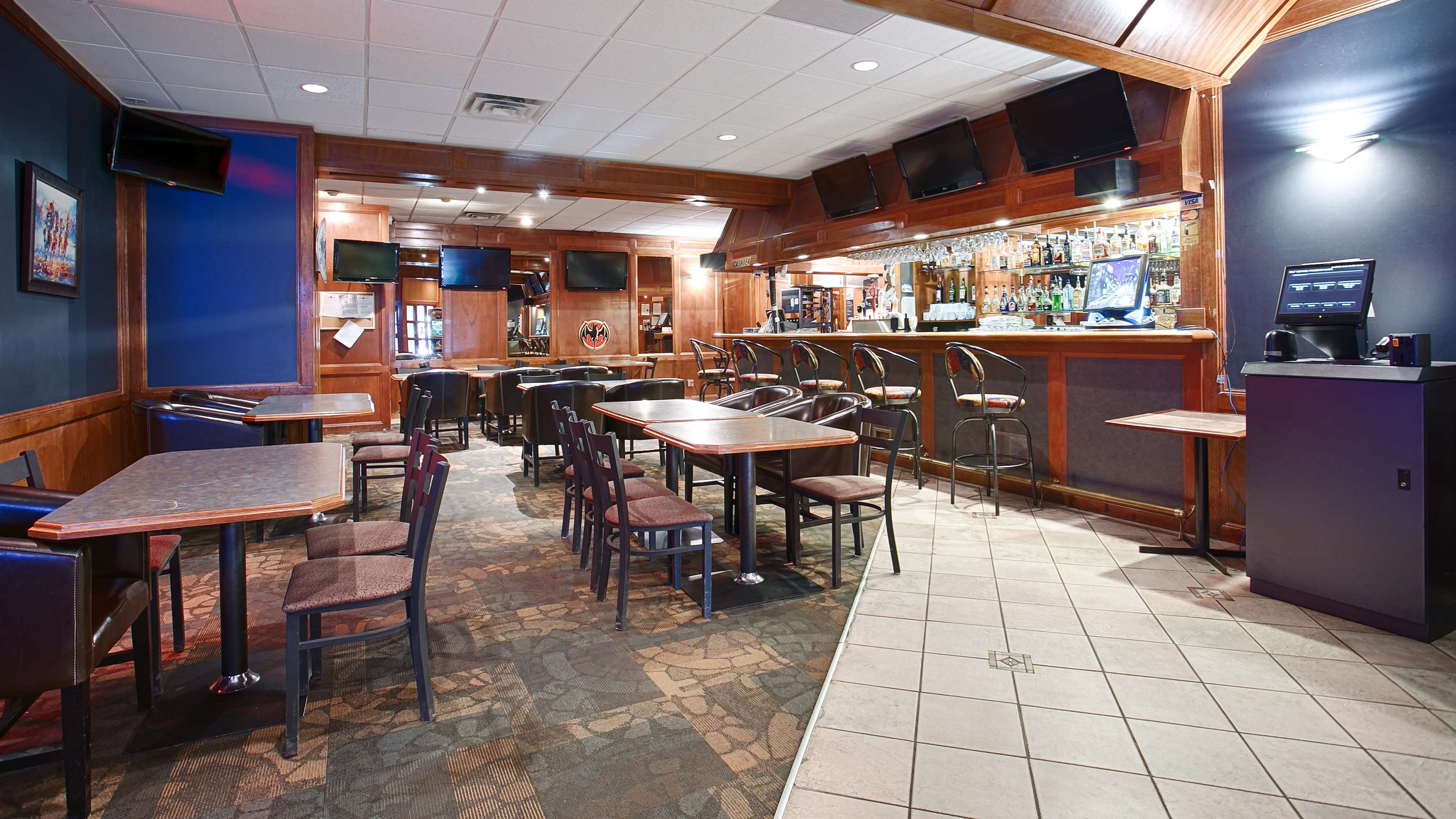 Best Western Airdrie in Airdrie: Lounge