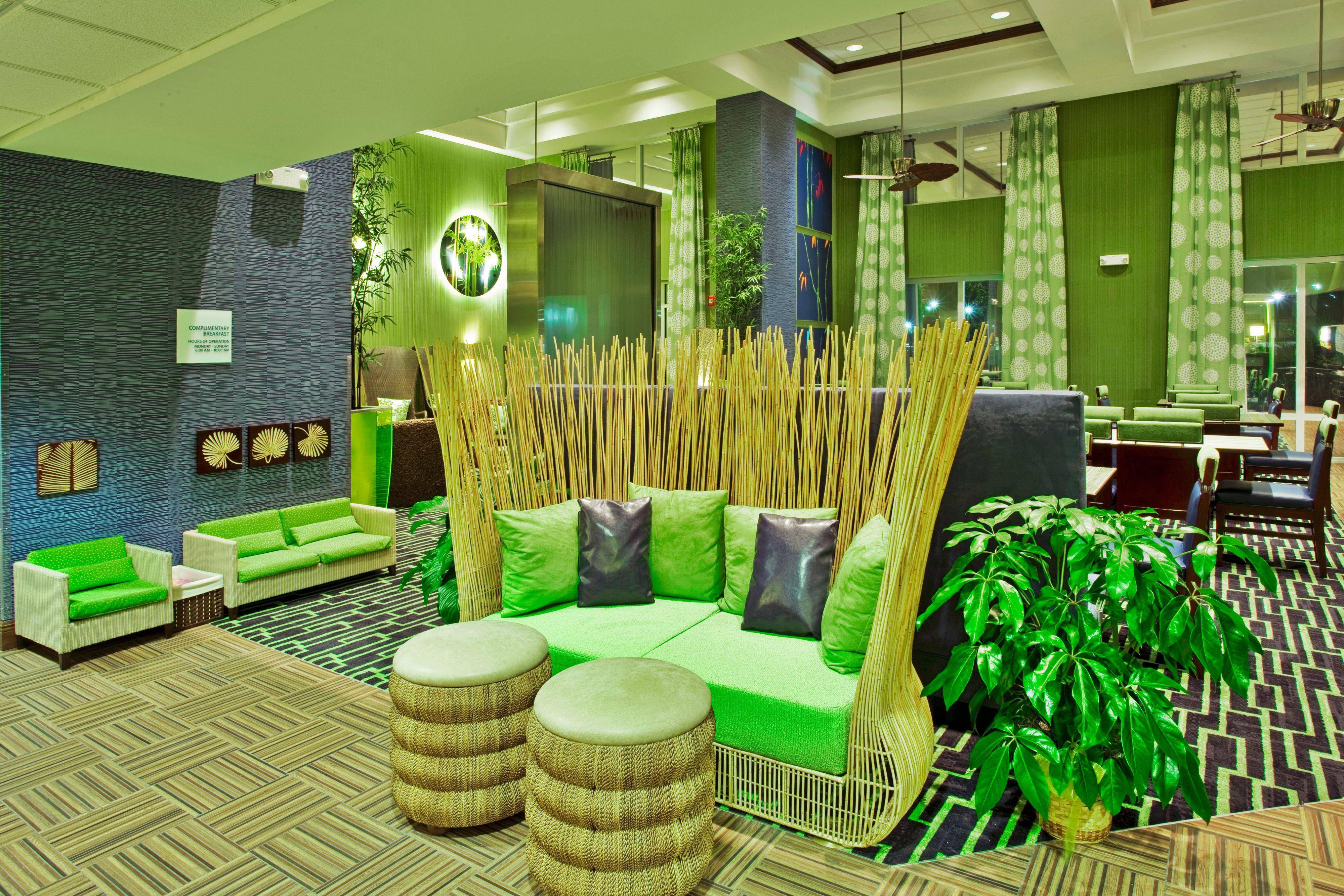 Holiday Inn Express & Suites Orlando - Apopka image 5