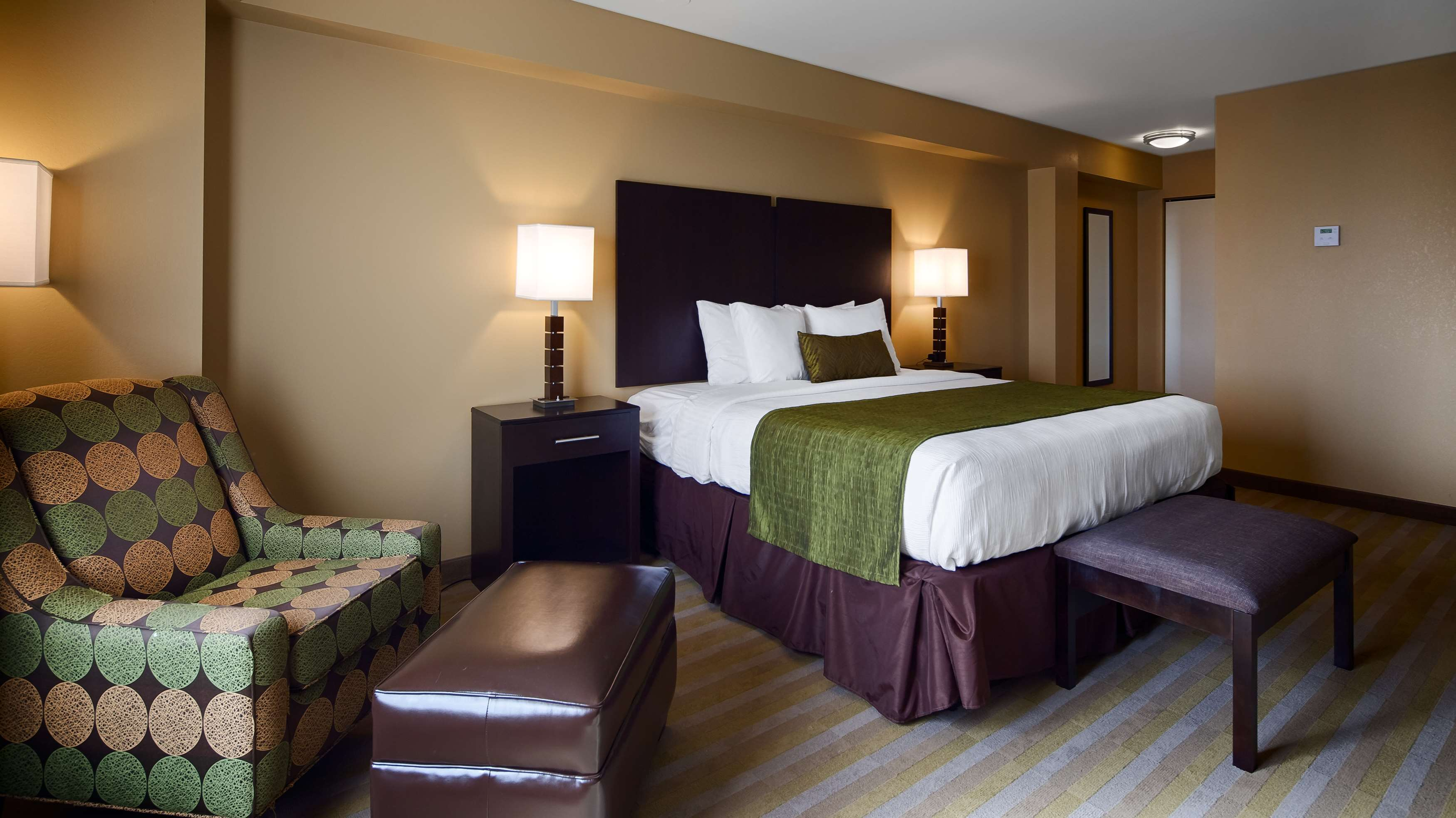 Best Western Plus Thornburg Inn & Suites image 19