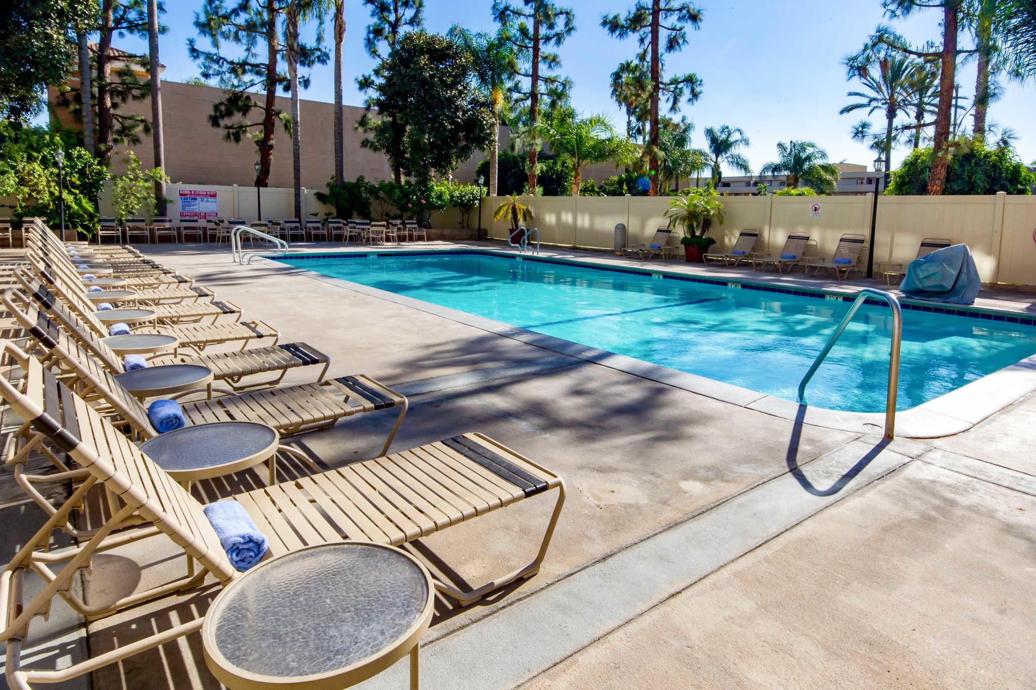 Clarion Hotel Anaheim Resort image 18