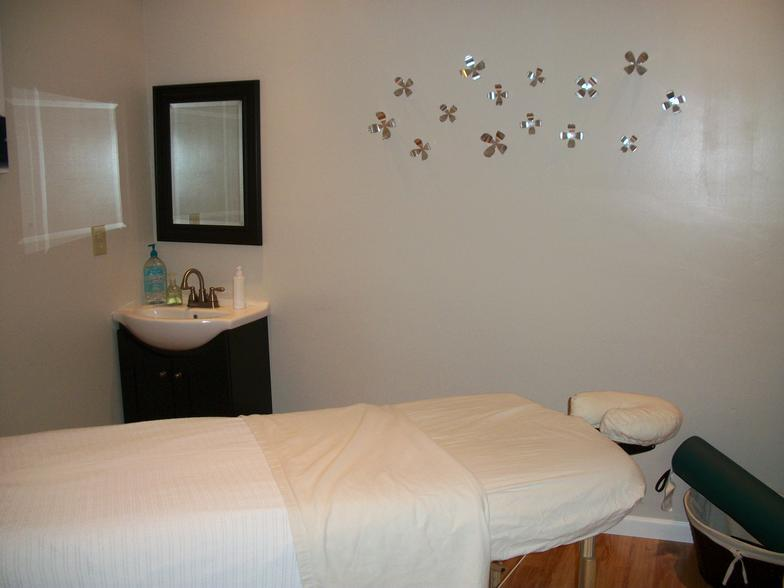 Nails Care And Spa image 3