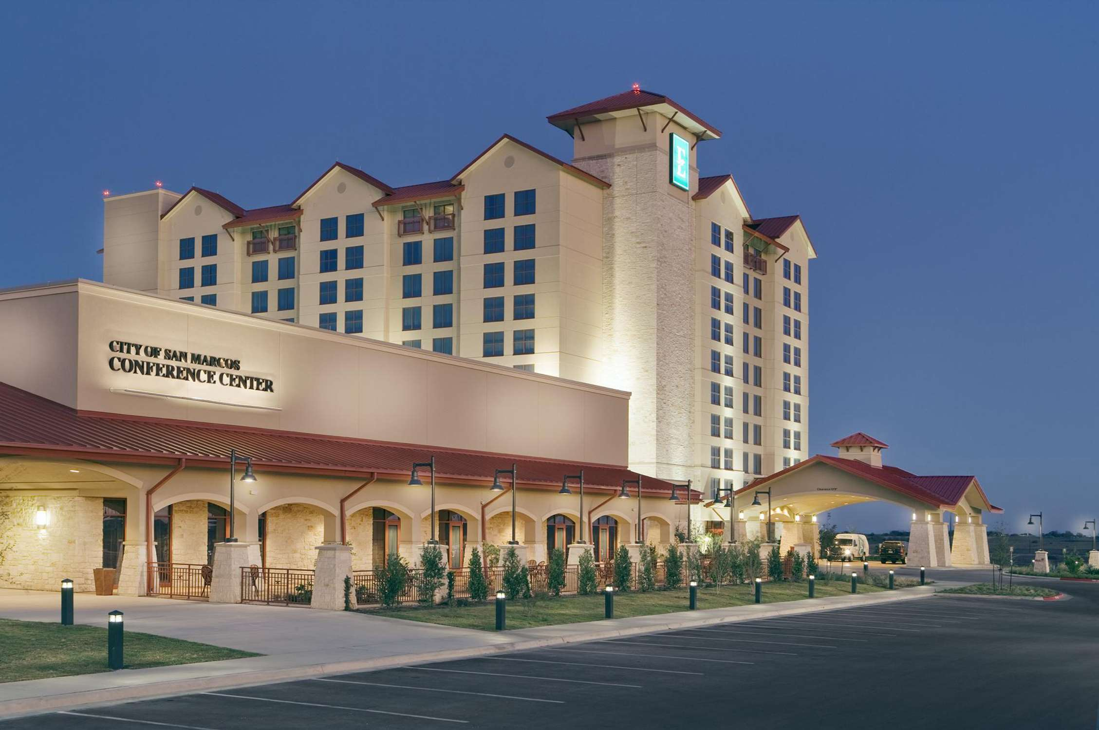 Embassy Suites by Hilton San Marcos Hotel Conference Center & Spa image 2