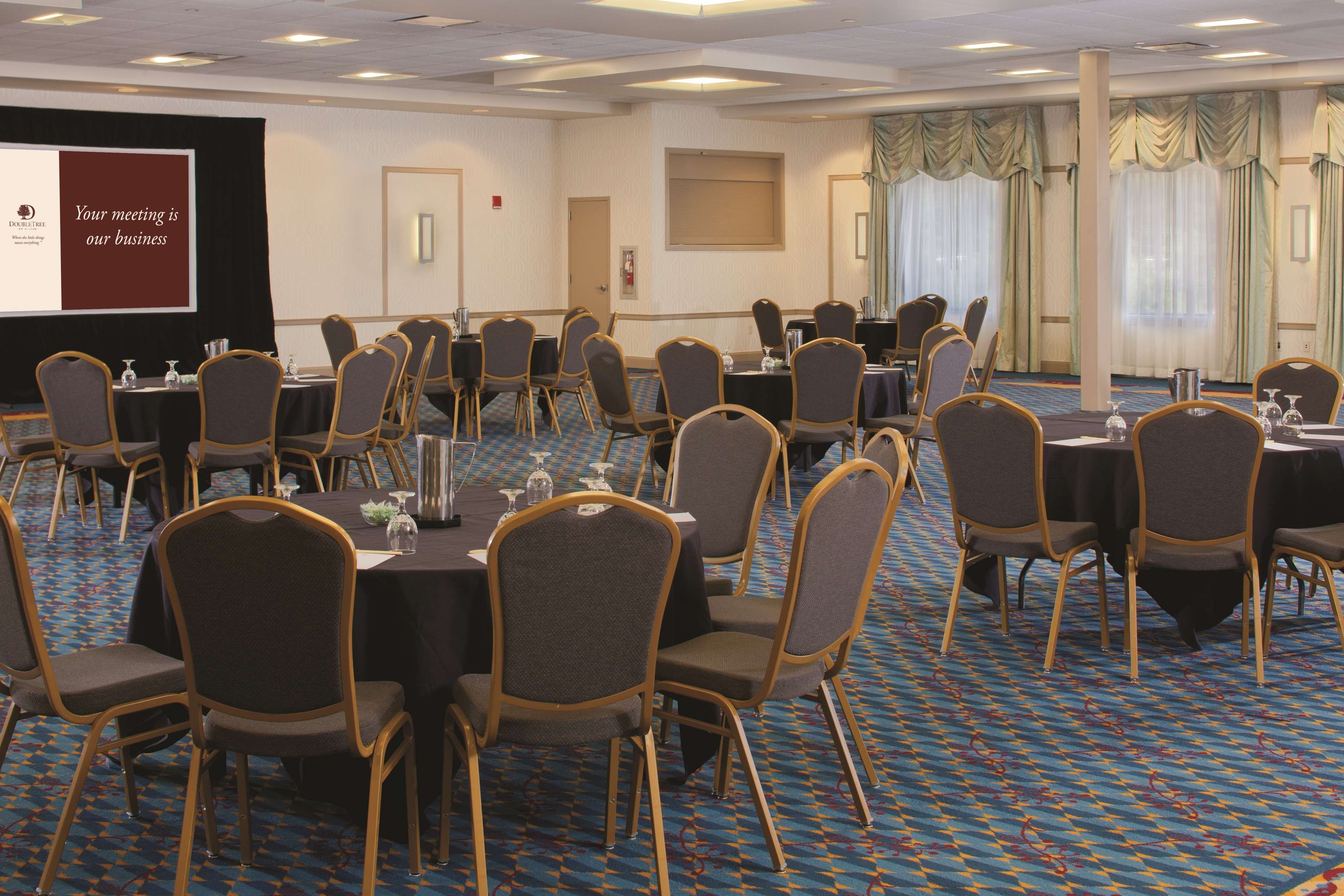 DoubleTree by Hilton Hotel Pittsburgh - Monroeville Convention Center image 24