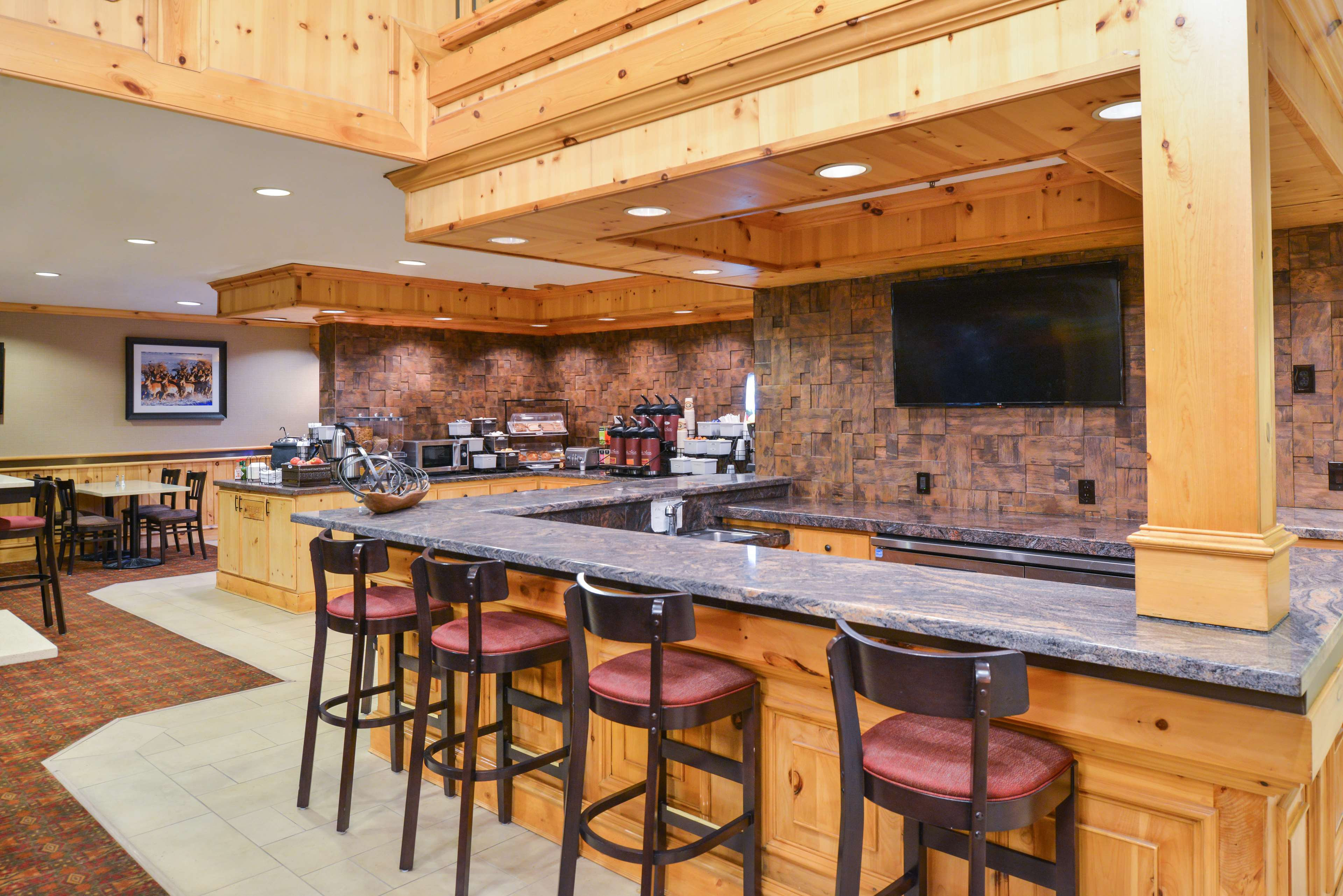 Best Western Plus Olympic Inn image 12