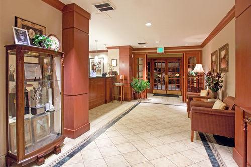 Staybridge Suites Denver South-Park Meadows image 4
