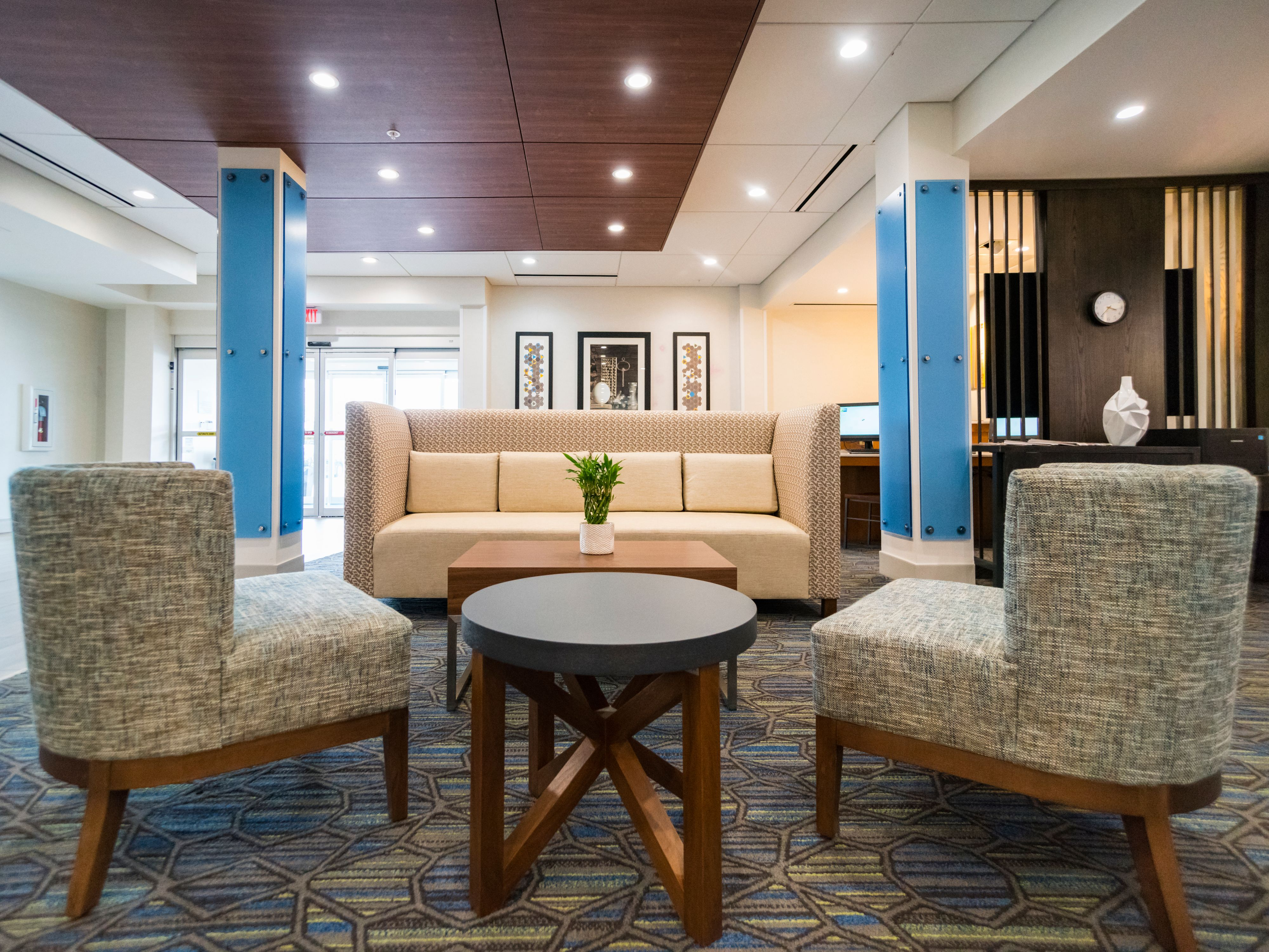 Holiday Inn Express & Suites Southaven Central - Memphis image 6