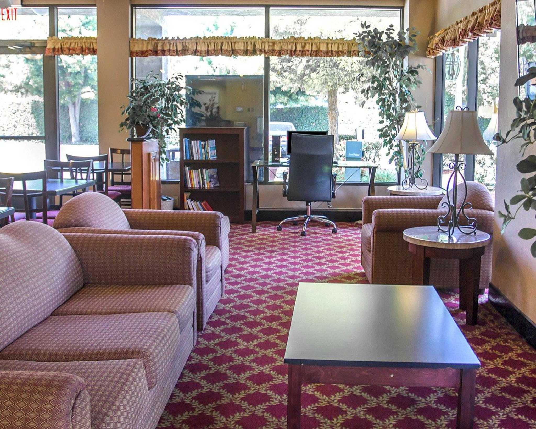 Quality Inn Riverside near UCR and Downtown image 19