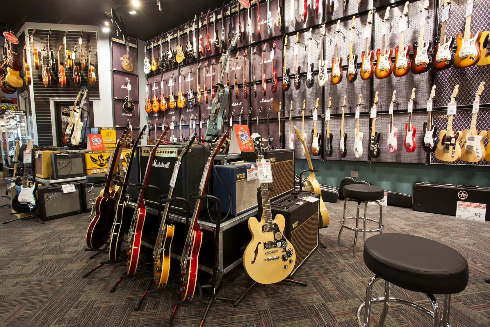 Find 42 Guitar Center in San Francisco, California. List of Guitar Center store locations, business hours, driving maps, phone numbers and more.