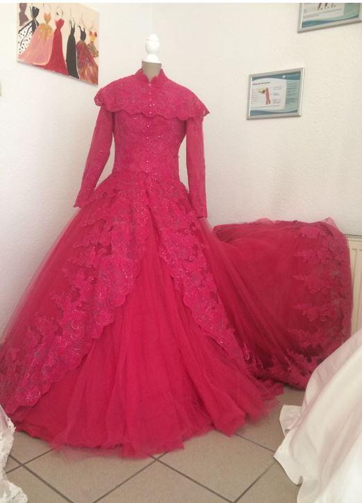 Zweite Freude - Ikinciel, Brautmode, Abendmode, Verlobungskleider und Secondhand