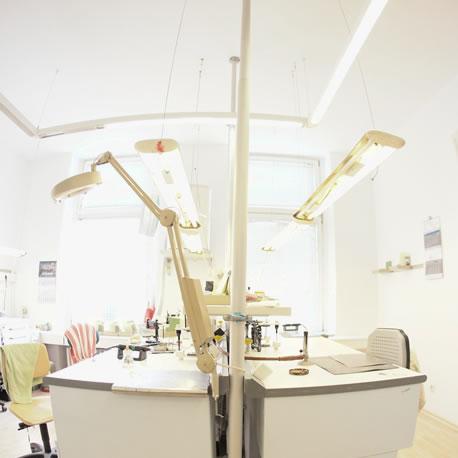 Luxo Dent Zahntechnik GmbH, Joachimsthaler Str. 21 in Berlin